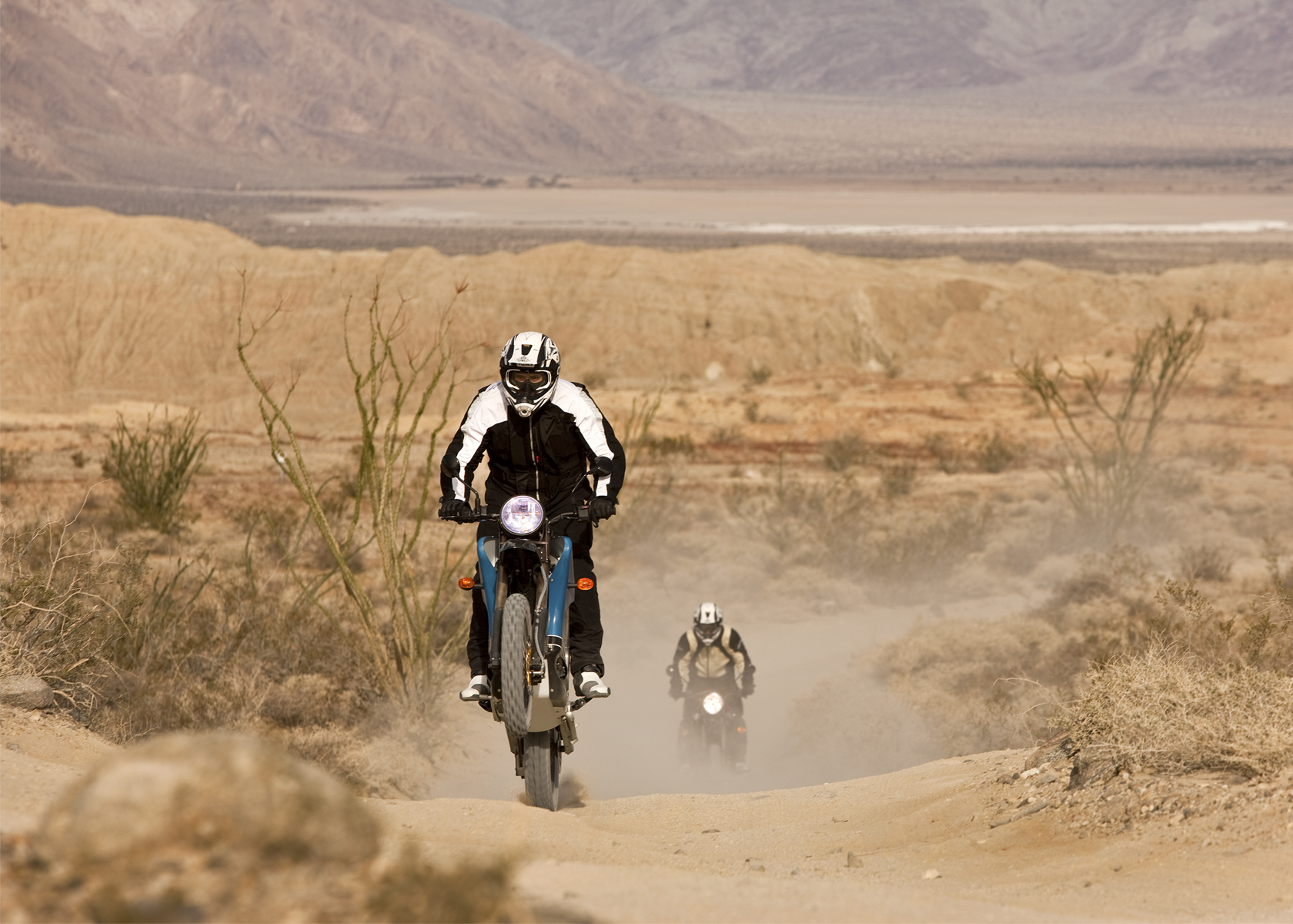 '.2010 Zero DS Electric Motorcycle: Anza Borego - Sandy Trail.'