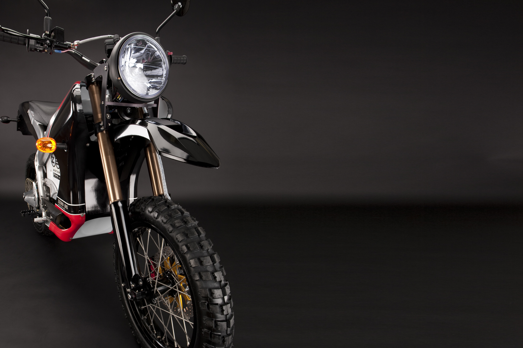 '.2010 Zero DS Electric Motorcycle: Front Fork.'