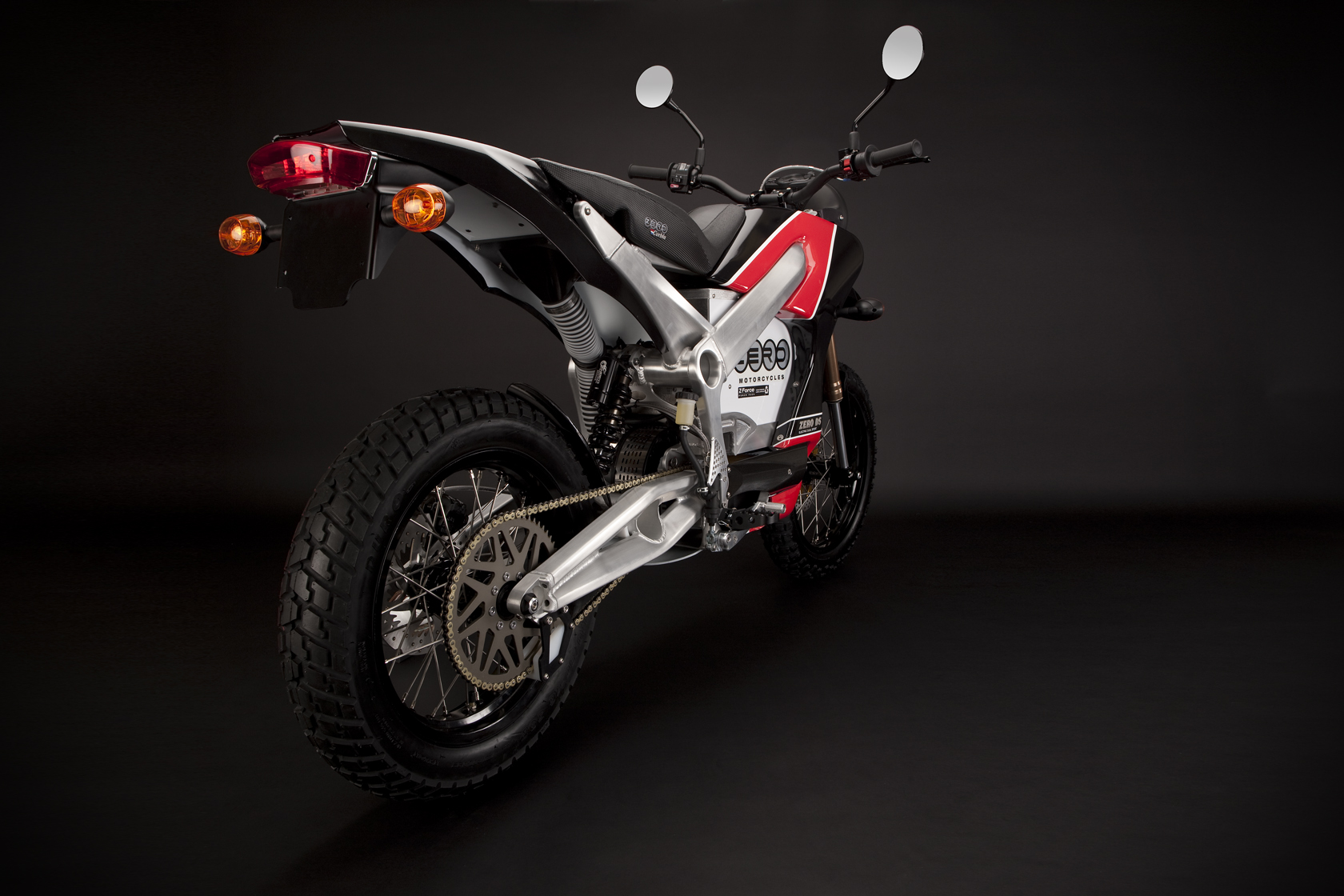 '.2010 Zero DS Electric Motorcycle: Drivetrain/Chain/Sprocket.'