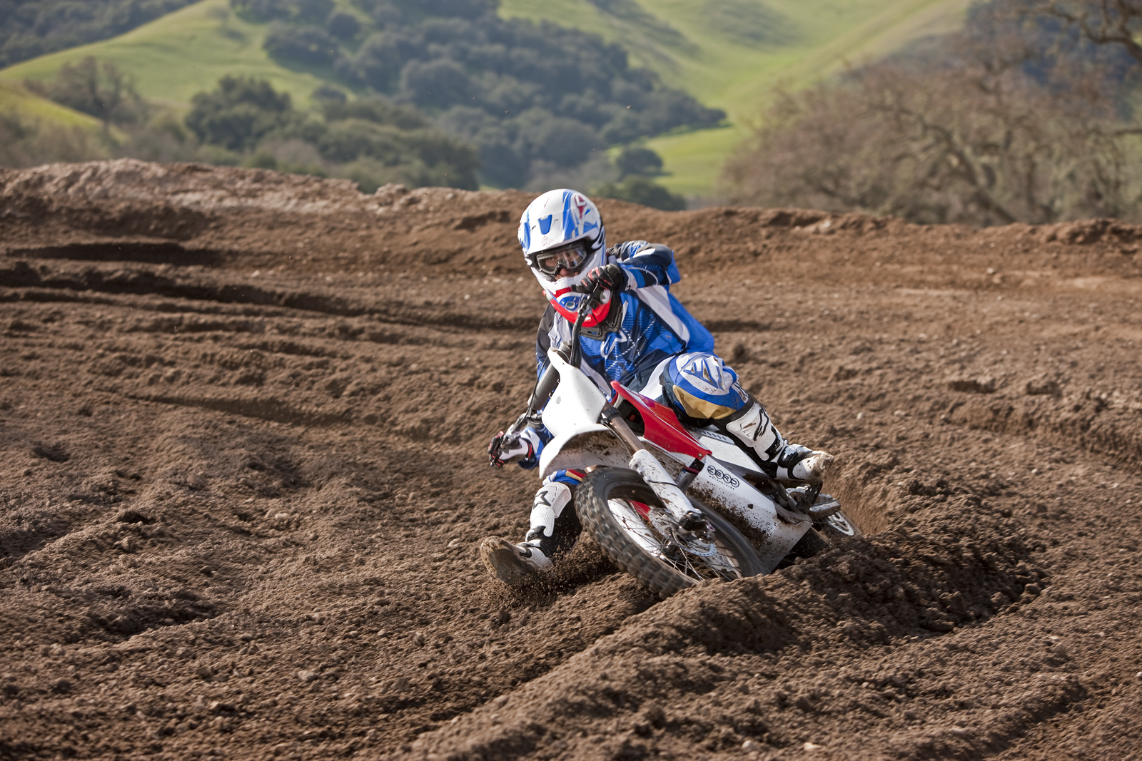 '.2010 Zero MX Electric Motorcycle: Zaca Station - Speed through Ruts.'