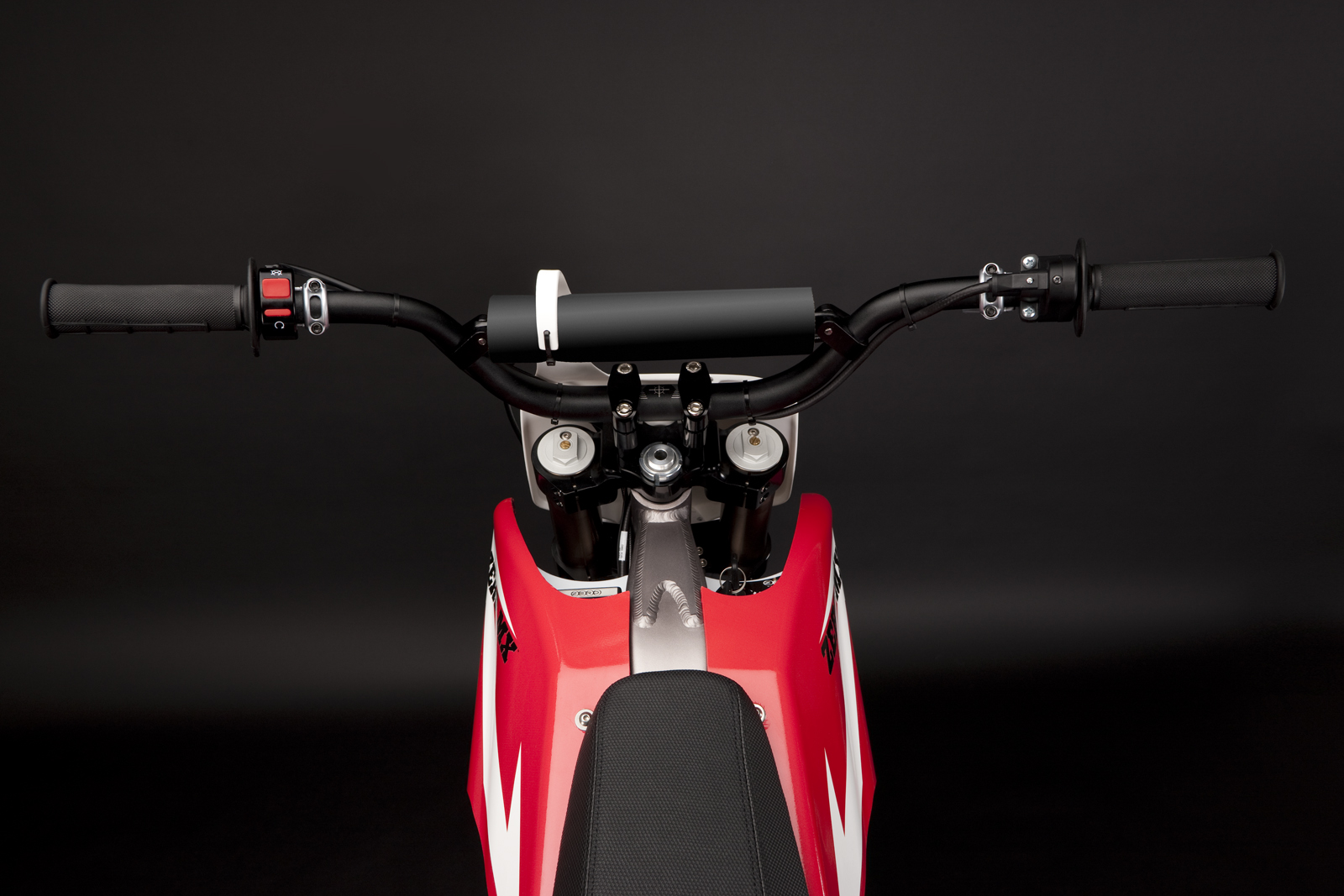 '.2010 Zero MX Electric Motorcycle: Handlebars.'