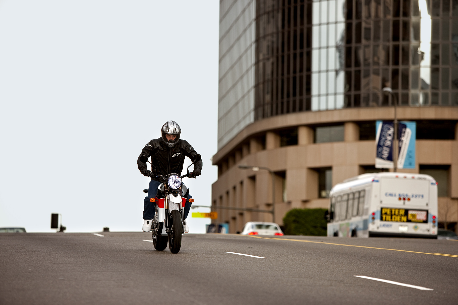 '.2010 Zero S Electric Motorcycle: Los Angeles - Downhill.'