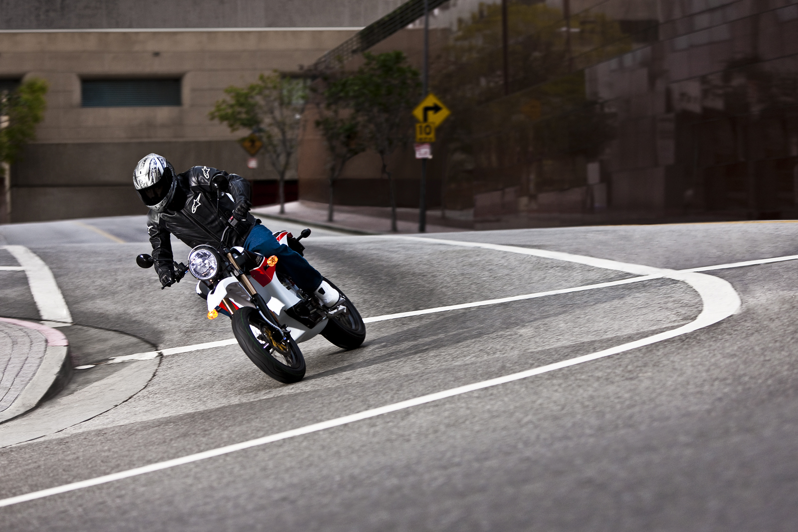 '.2010 Zero S Electric Motorcycle: Los Angeles - Sideways Around Corner.'