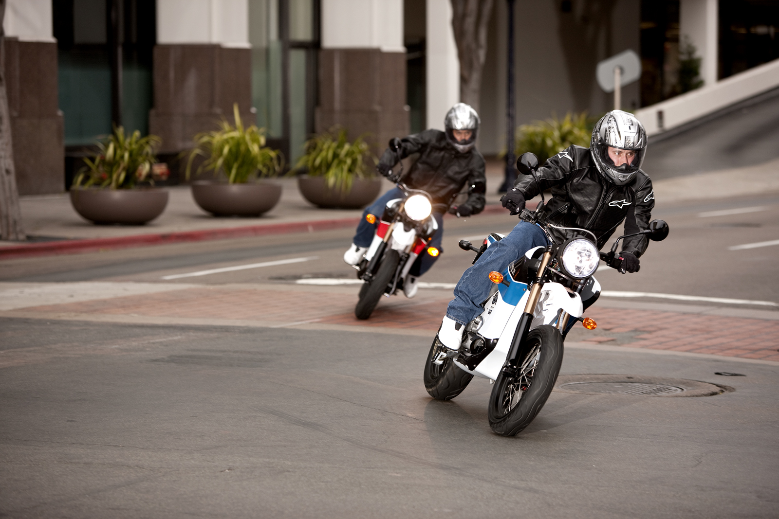 '.2010 Zero S Electric Motorcycle: San Diego - Sideways Around Corner.'