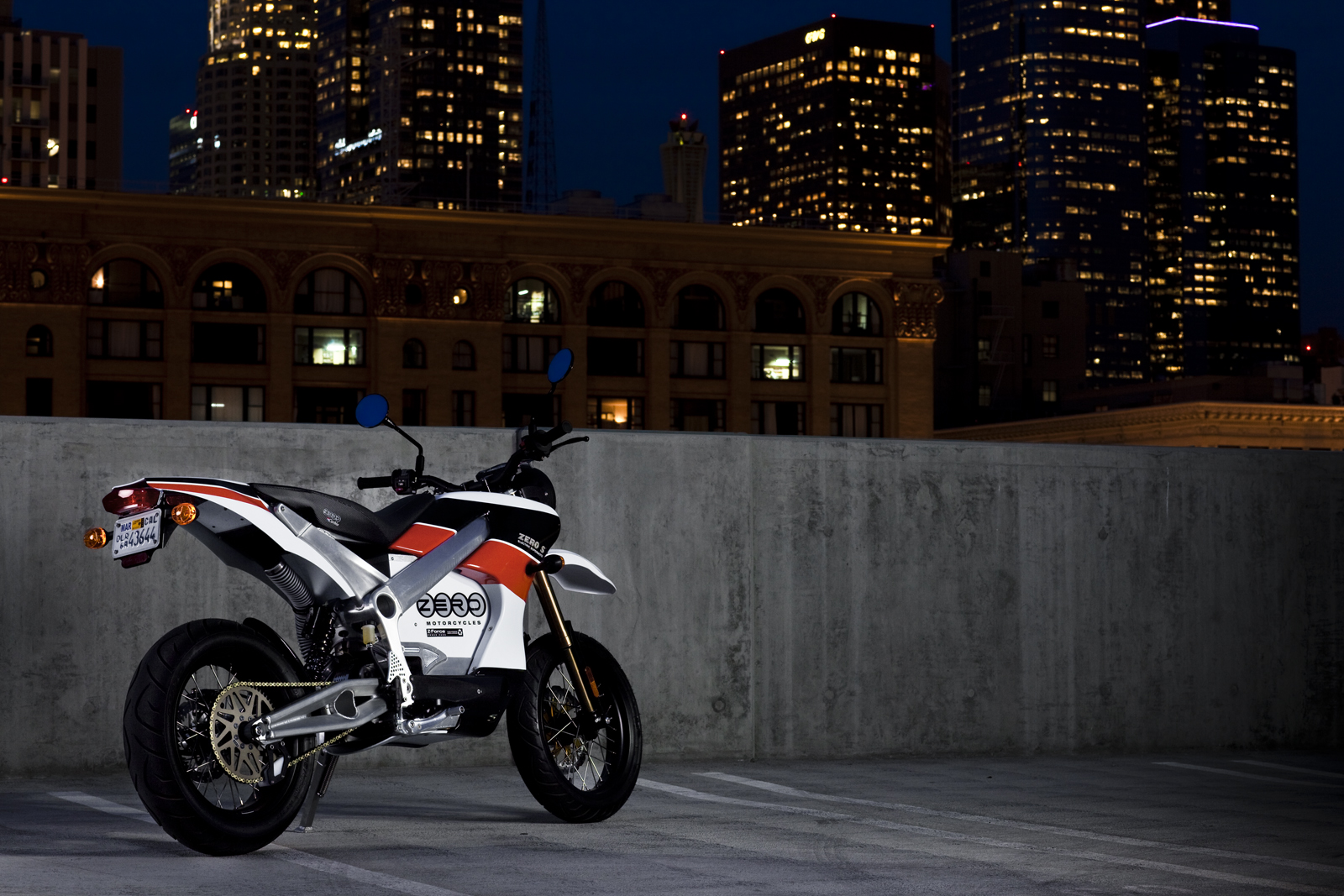 '.2010 Zero S Electric Motorcycle: Los Angeles - City Lights Back.'