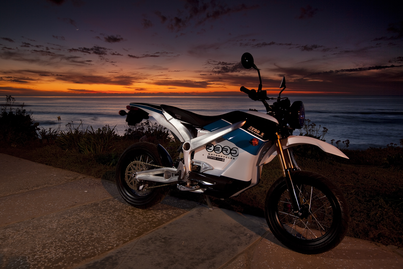 '.2010 Zero S Electric Motorcycle: San Diego - Sunset.'