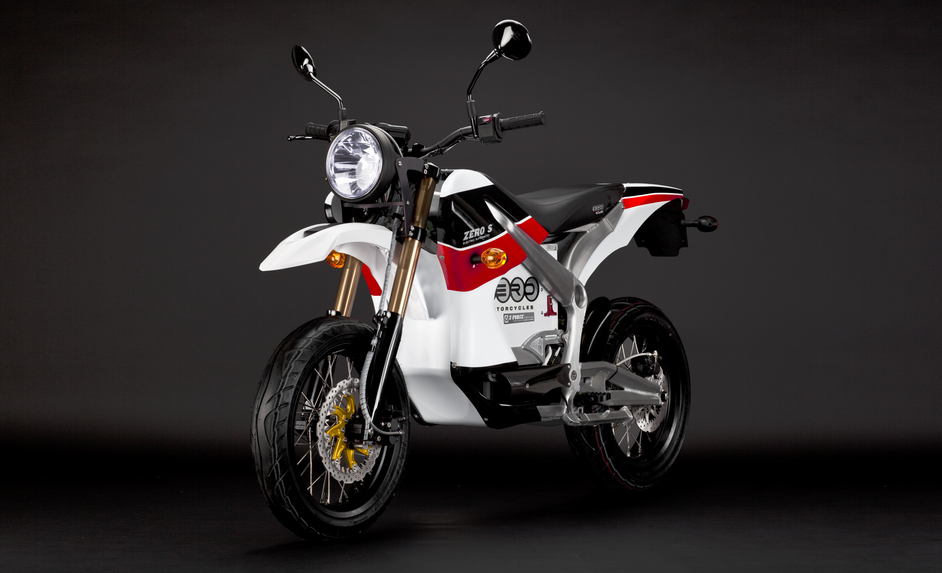 '.2010 Zero S Electric Motorcycle: Red Angle Left.'