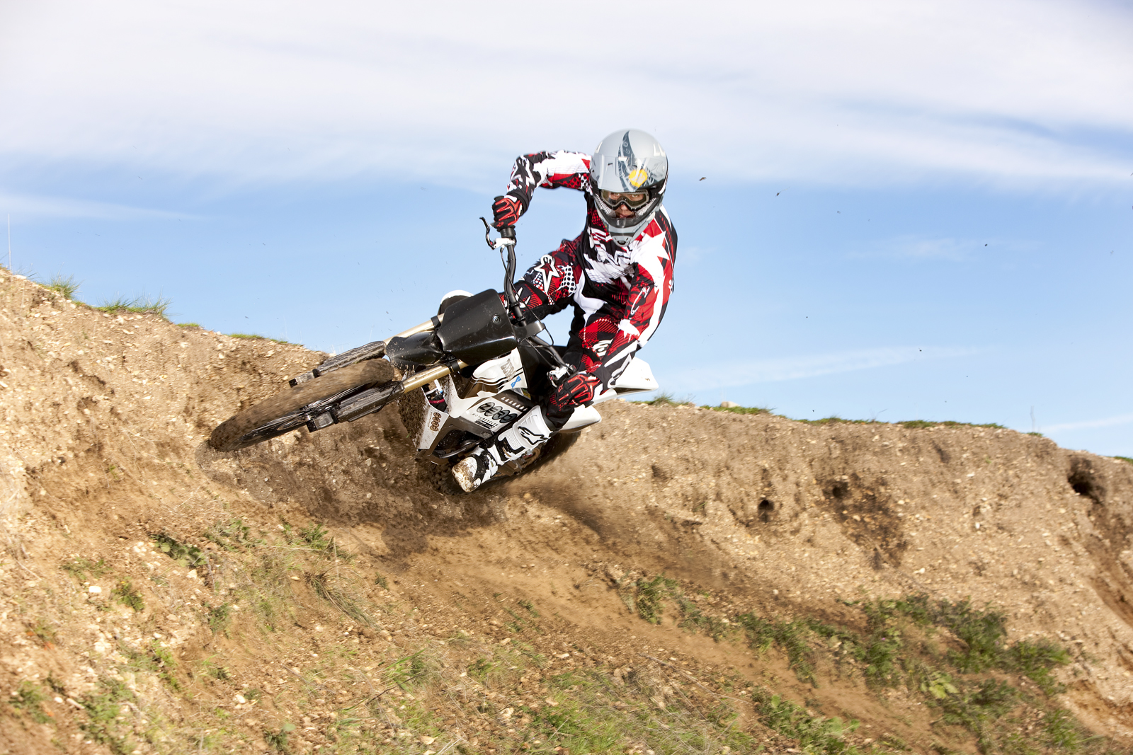 2010 Zero X Electric Motorcycle: Zaca Station - Wall Burm