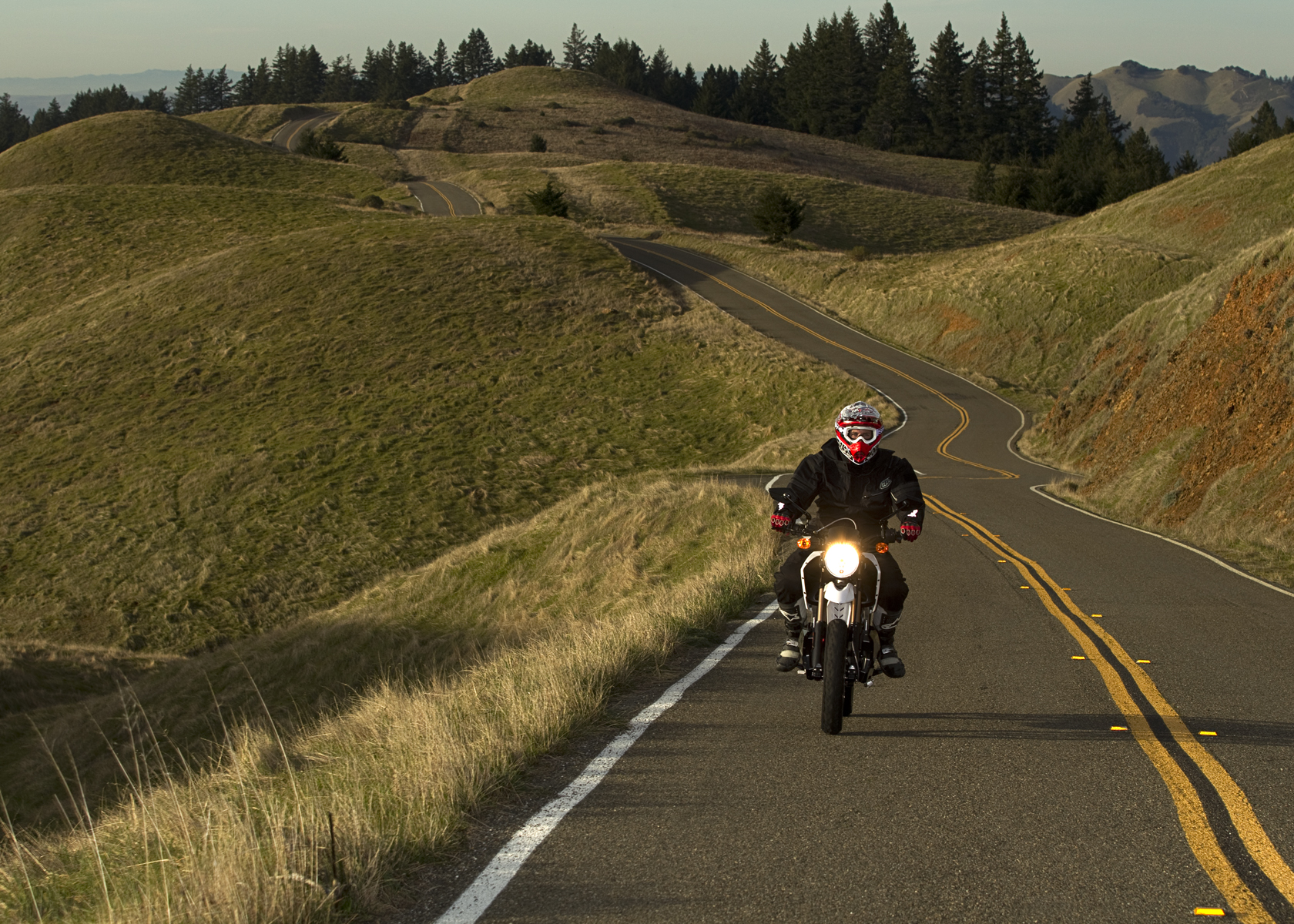 '.2011 Zero DS Electric Motorcycle: Cruising Uphill.'