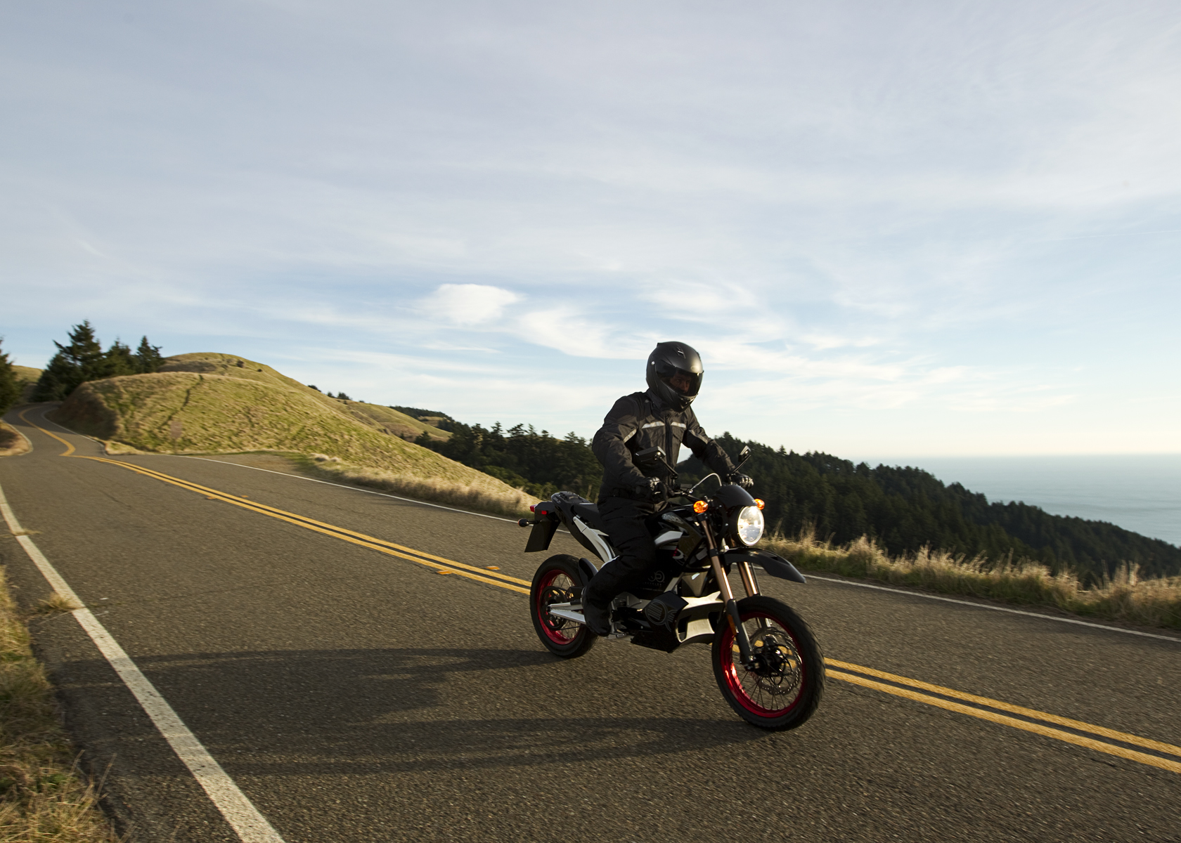 '.2011 Zero DS Electric Motorcycle: Cruising Downhill.'