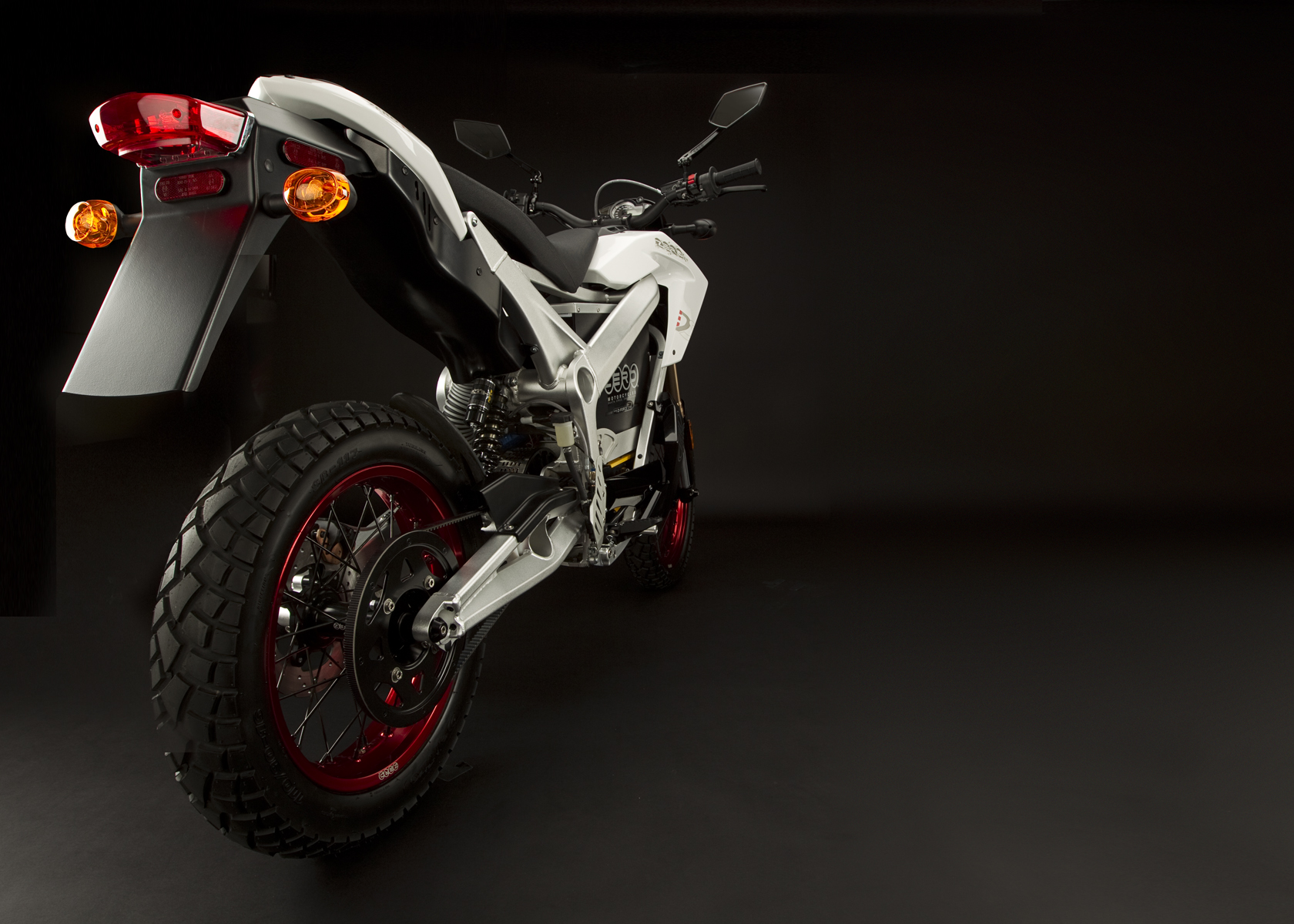 '.2011 Zero DS Electric Motorcycle: Drivetrain / Chain / Sprocket.'