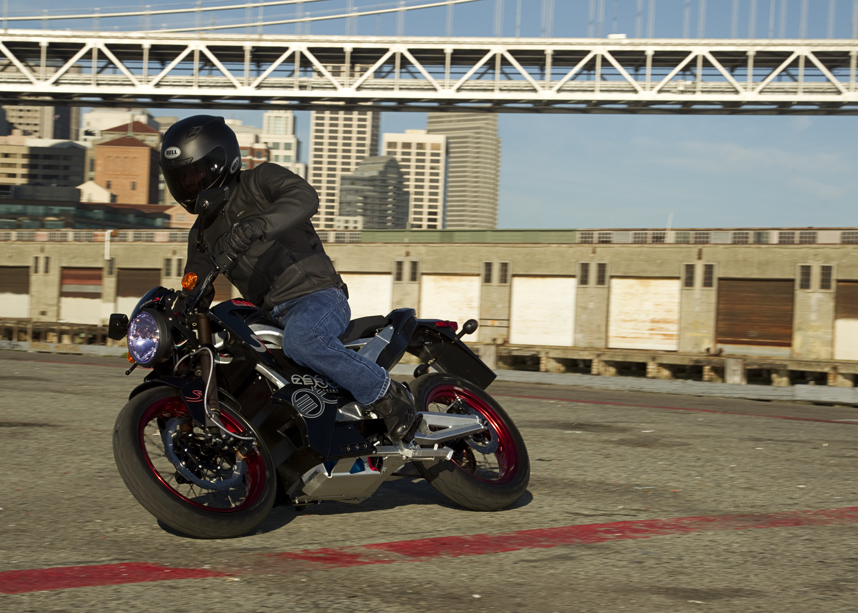 '.2011 Zero S Electric Motorcycle: Lean Right, City View.'