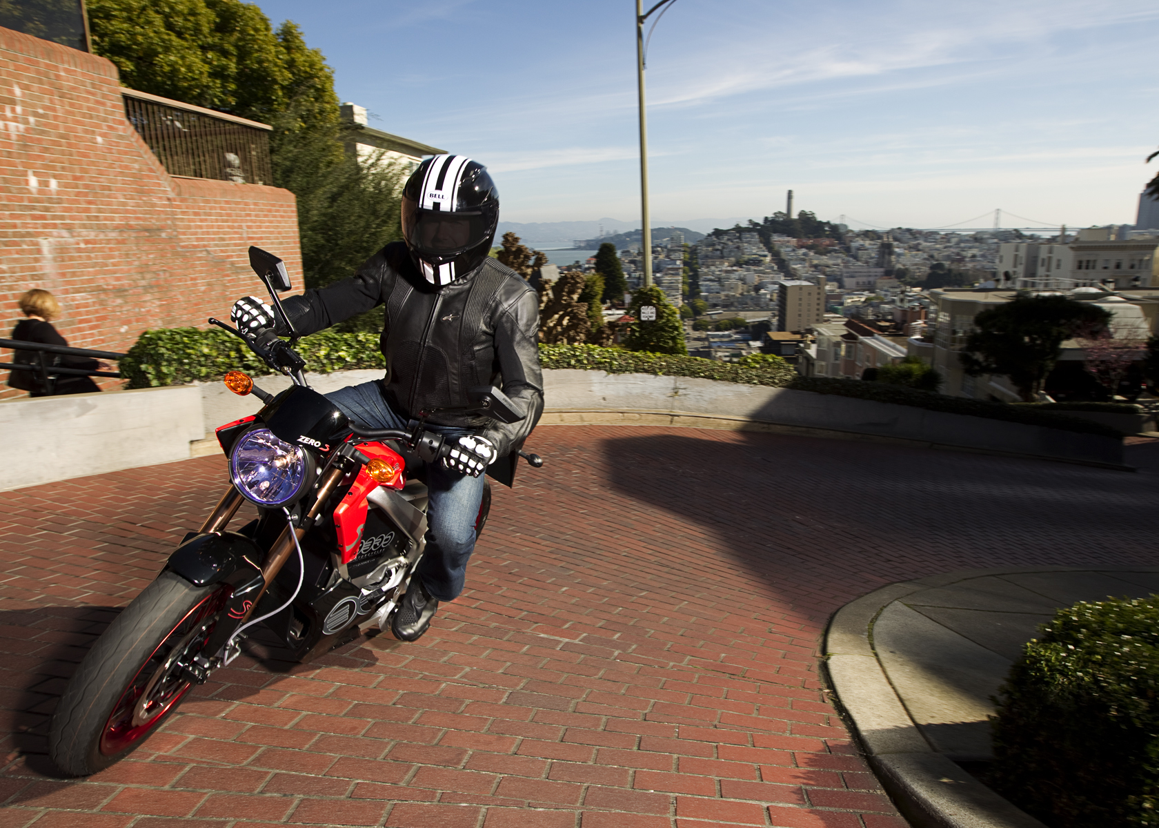 '.2011 Zero S Electric Motorcycle: Cruising up Lombard Street.'