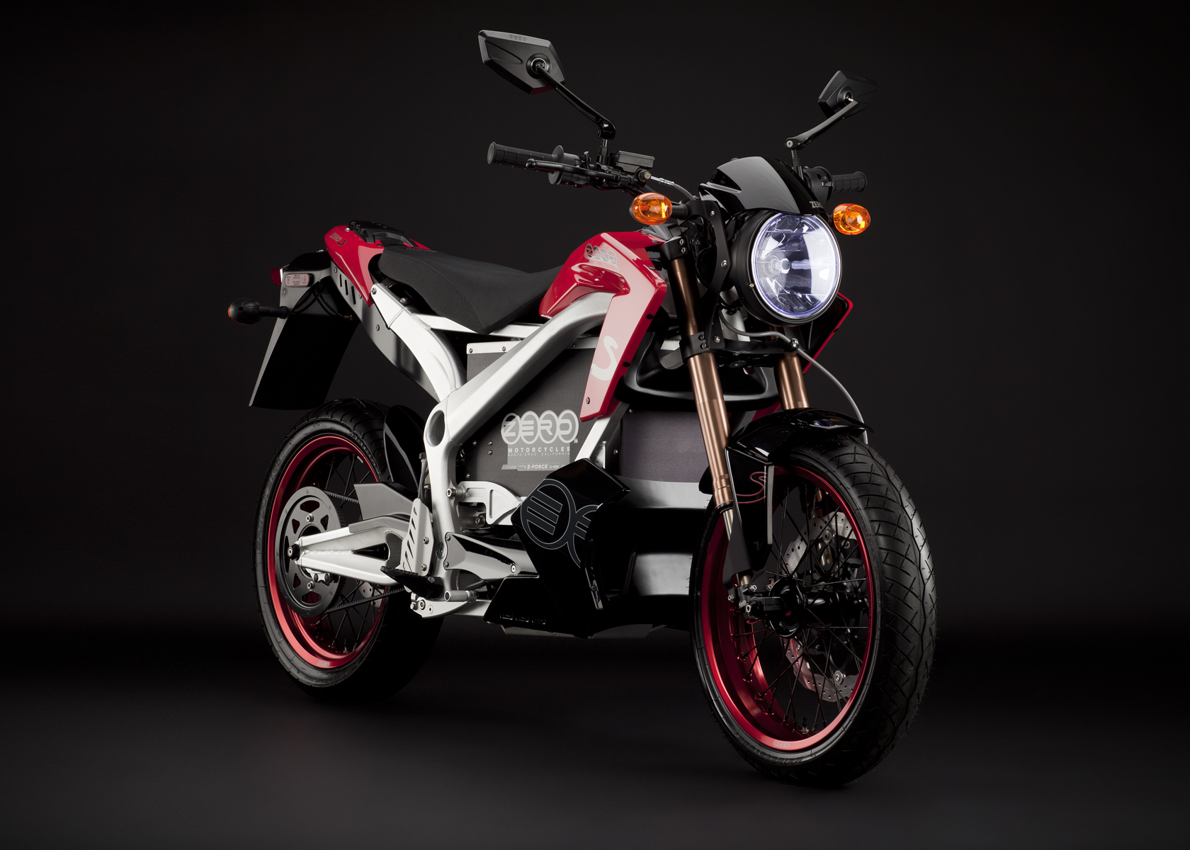 2011 Zero S Electric Motorcycle: Red Angle Right
