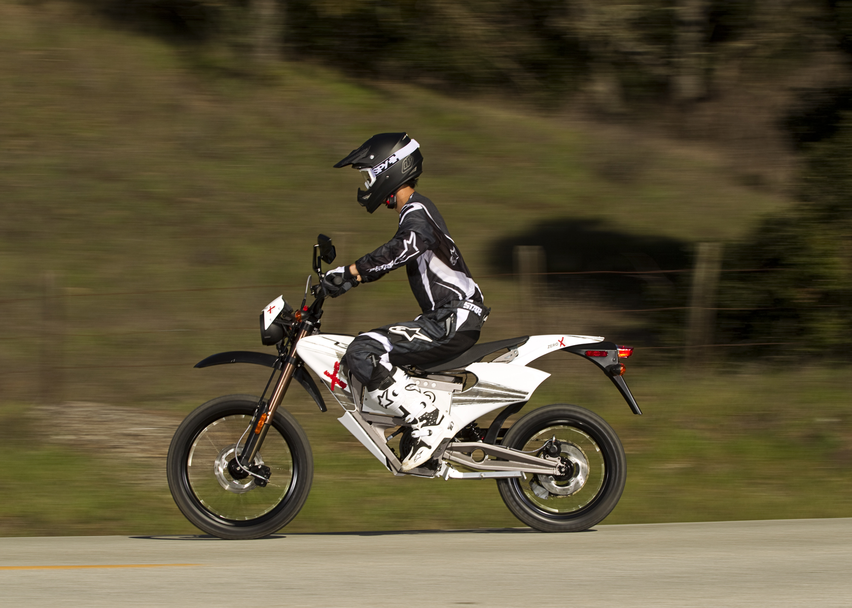 '.2011 Zero X Electric Motorcycle: Cruising on the Highway.'