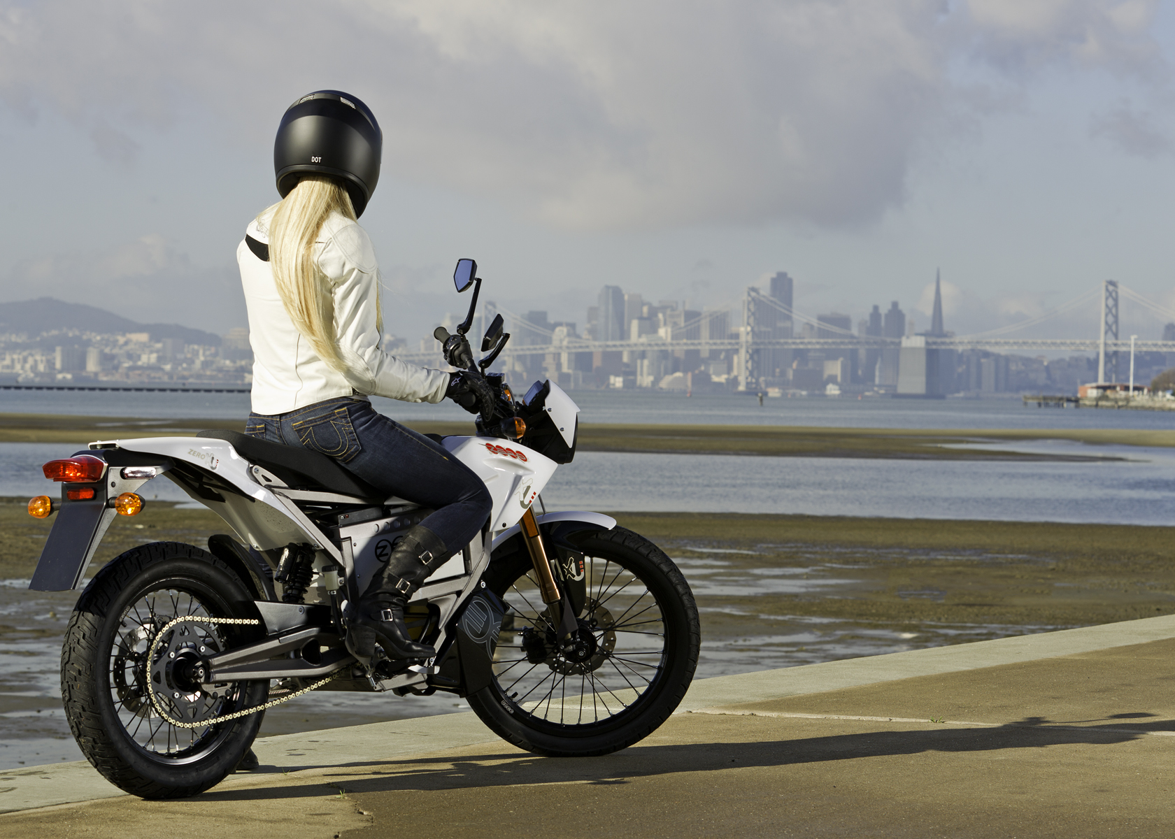 '.2011 Zero XU Electric Motorcycle: Profile, View of San Francisco Bay.'