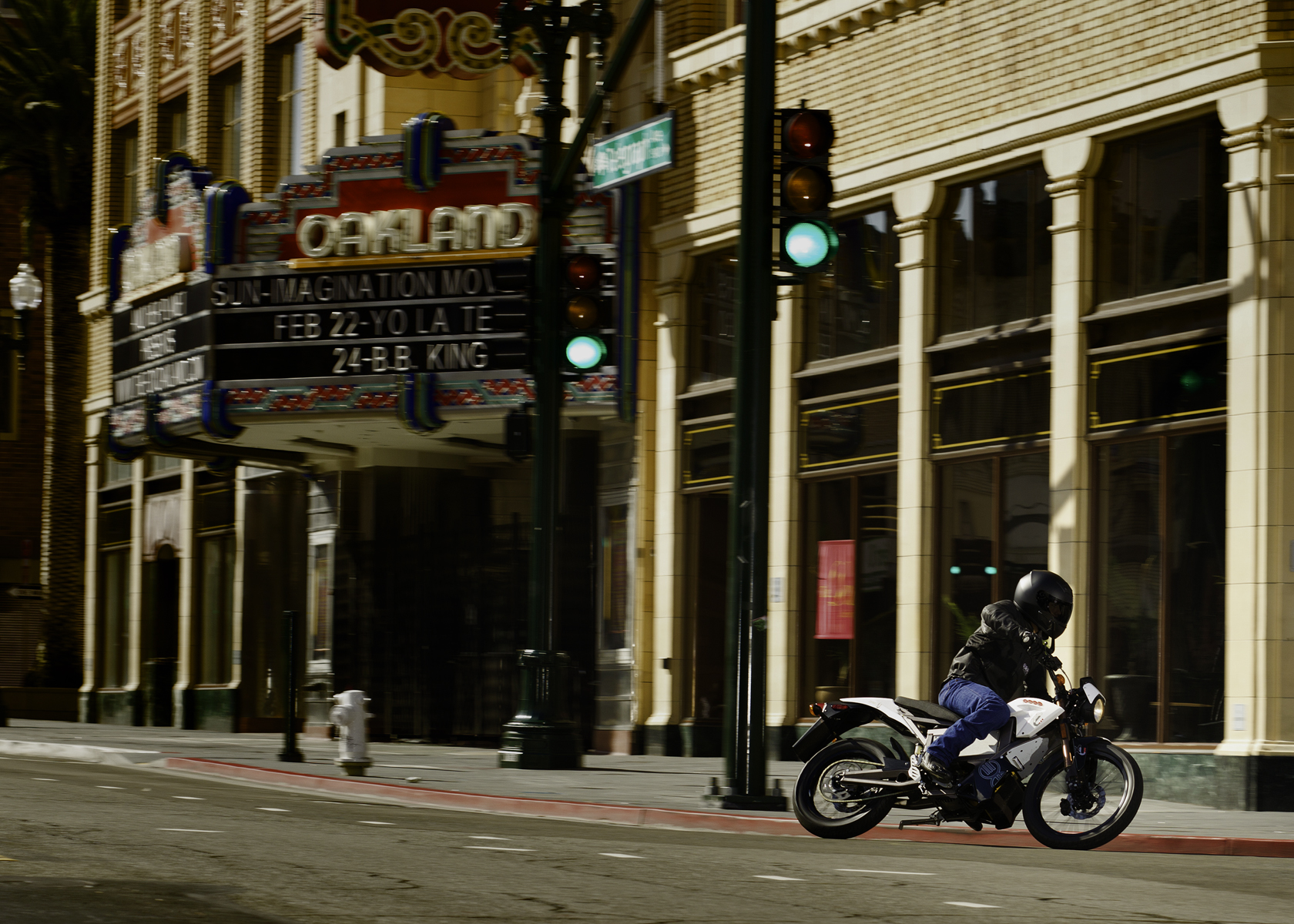 '.2011 Zero XU Electric Motorcycle: In the City, by Fox Theater in Oakland.'