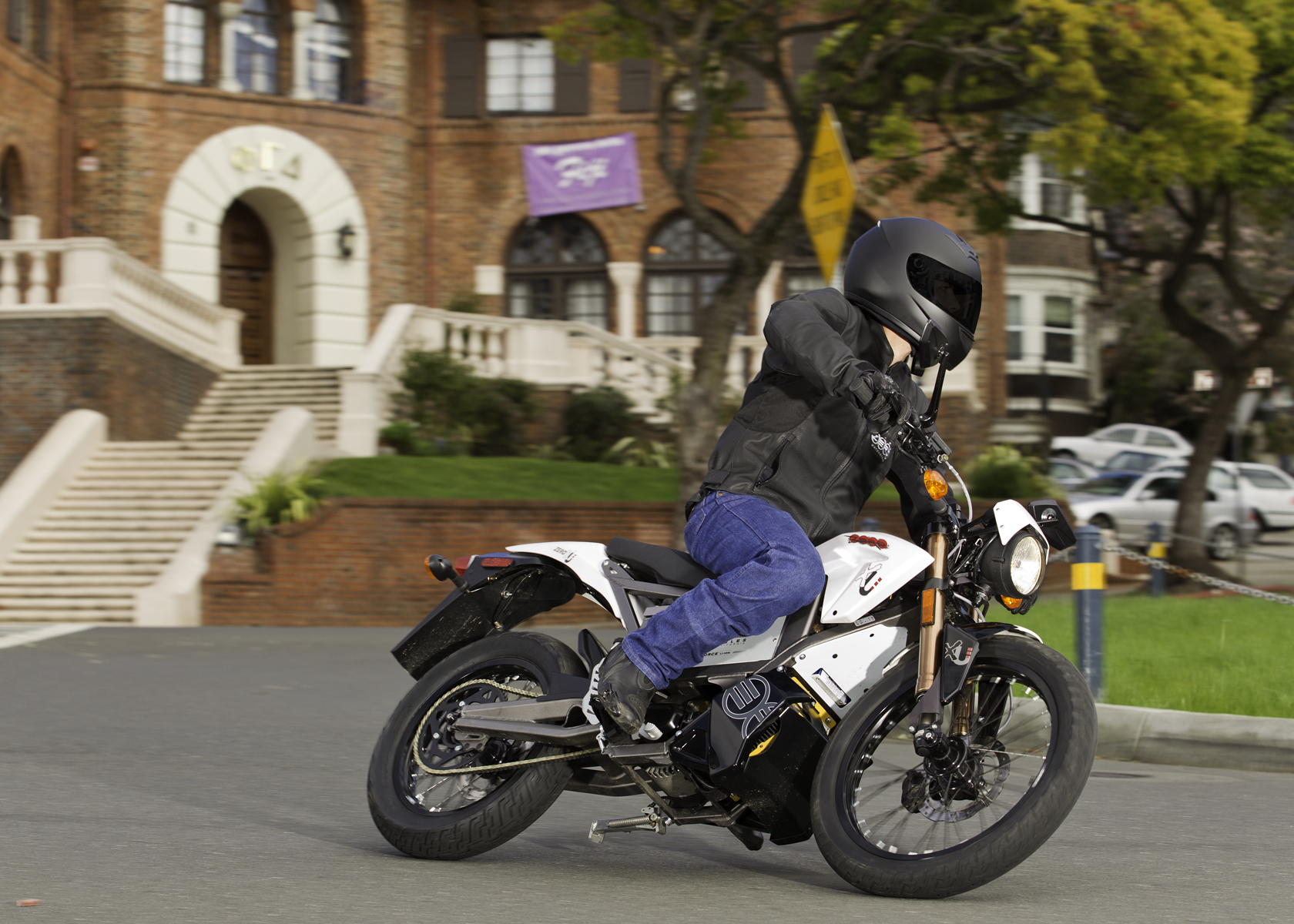 '.2011 Zero XU Electric Motorcycle: Lean Left, Around UC Berkeley Campus.'