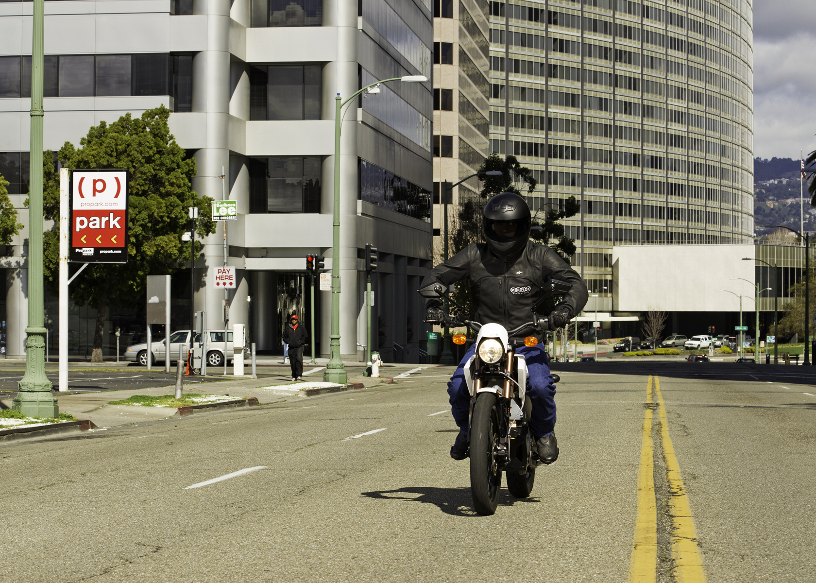 '.2011 Zero XU Electric Motorcycle: Cruising in San Francisco.'