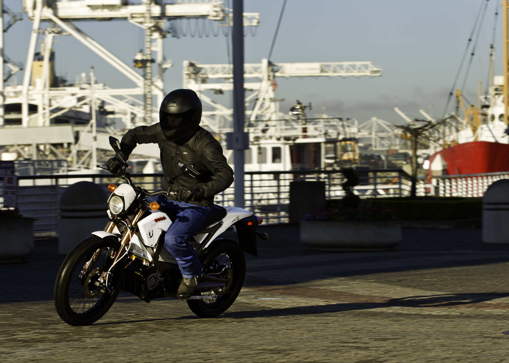 2011 Zero XU Electric Motorcycle: By the Wharf