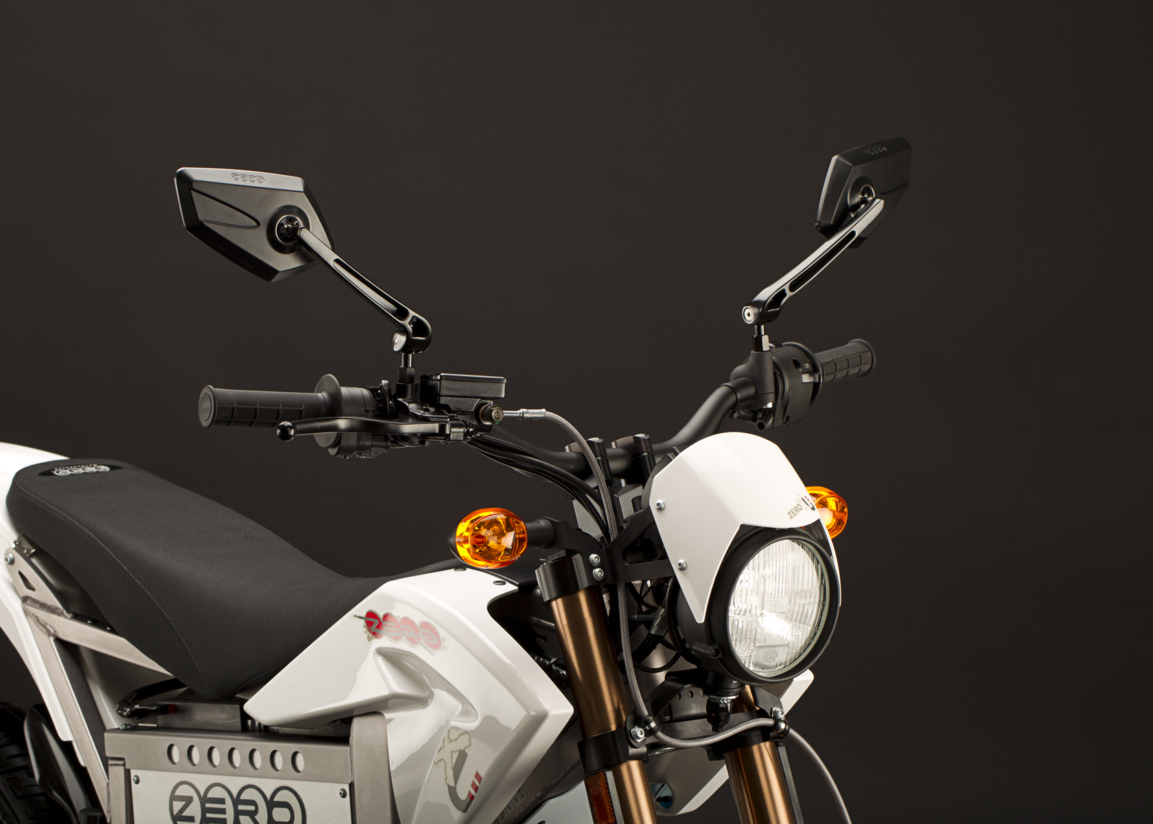 2011 Zero XU Electric Motorcycle: Turn Signal