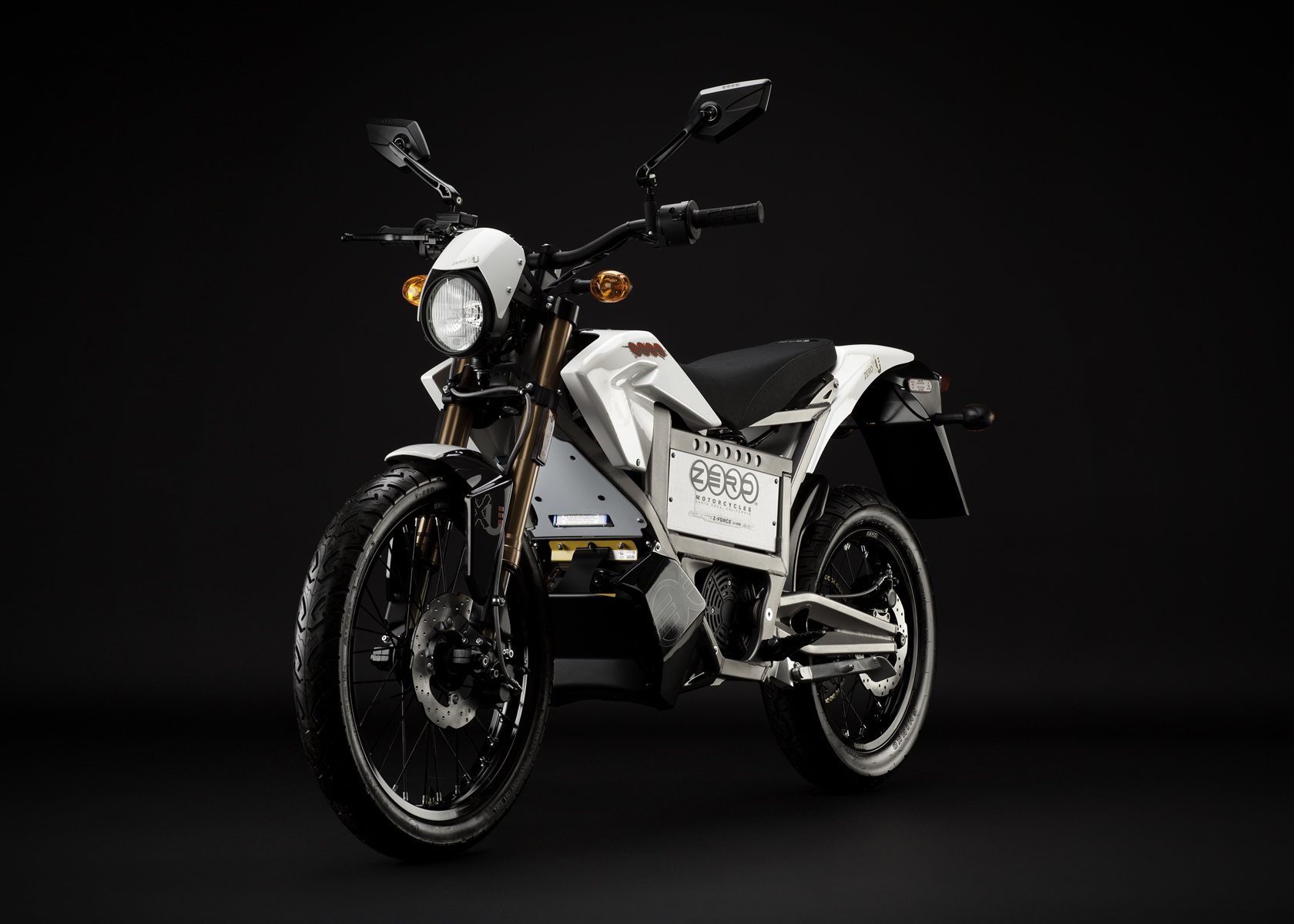 '.2011 Zero XU Electric Motorcycle: Angle Left.'