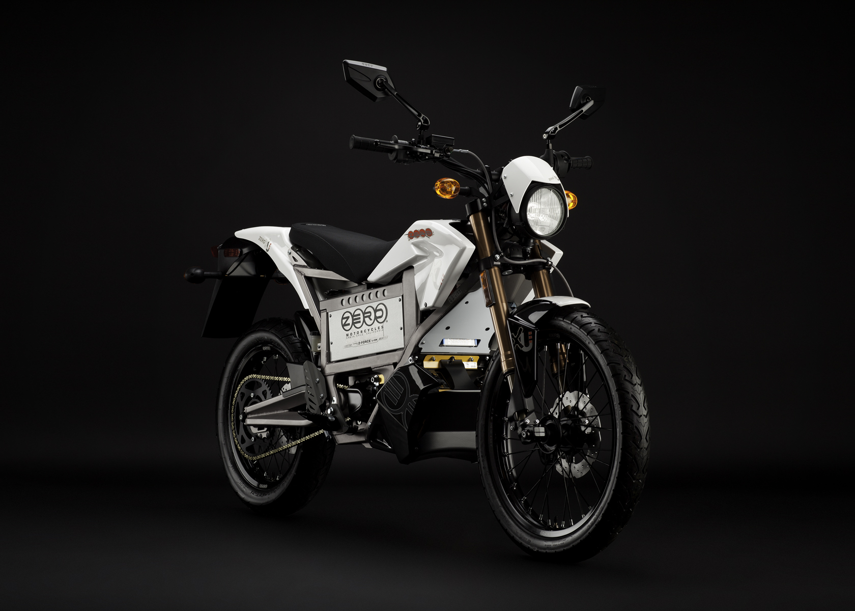 '.2011 Zero XU Electric Motorcycle: Angle Right.'