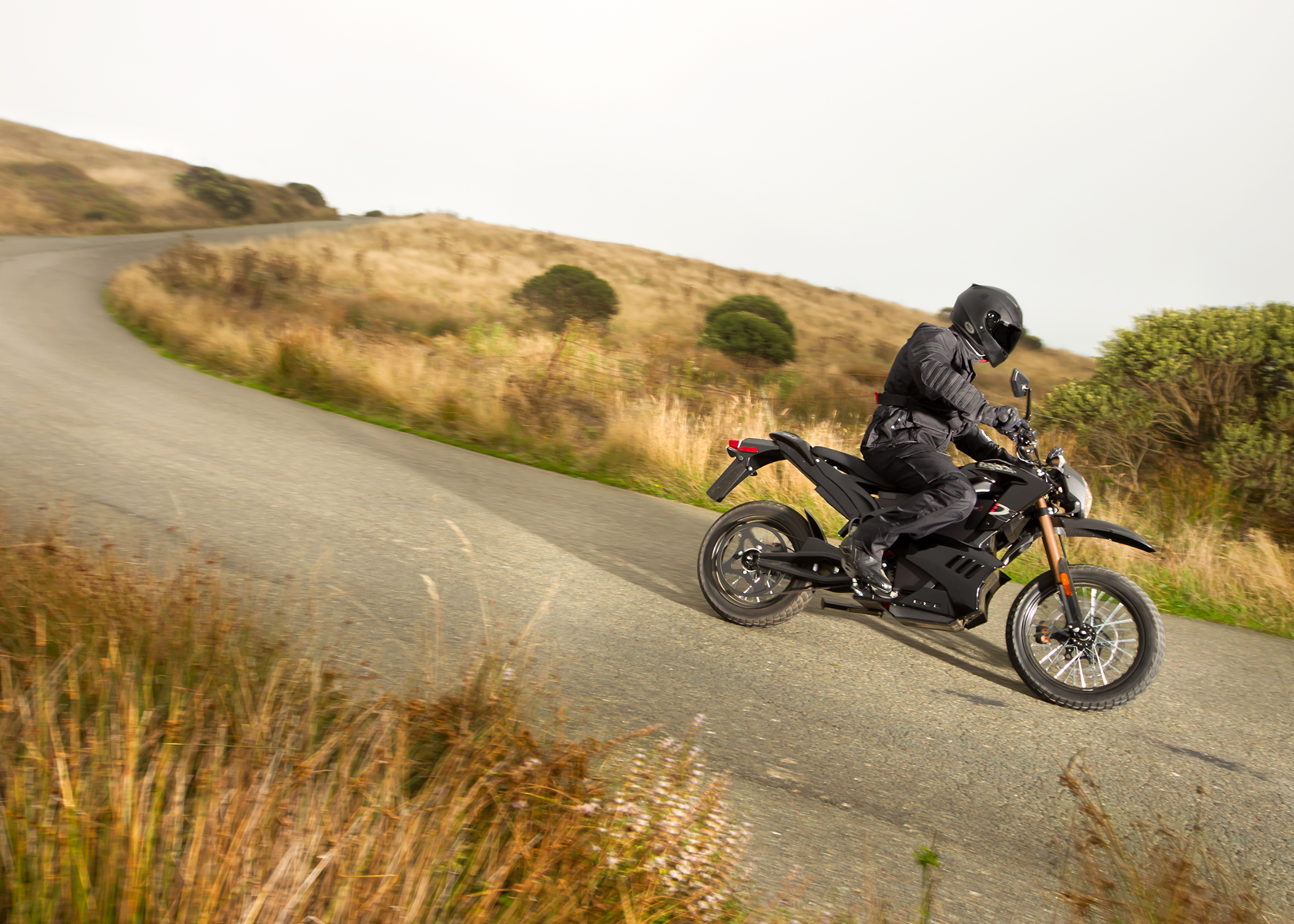 '.2012 Zero DS Electric Motorcycle: Downhill, Lean Left.'