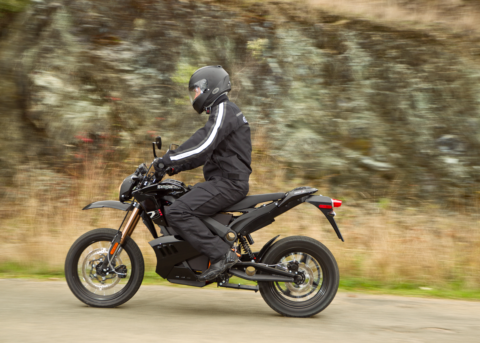 2012 Zero DS Electric Motorcycle: Cruising