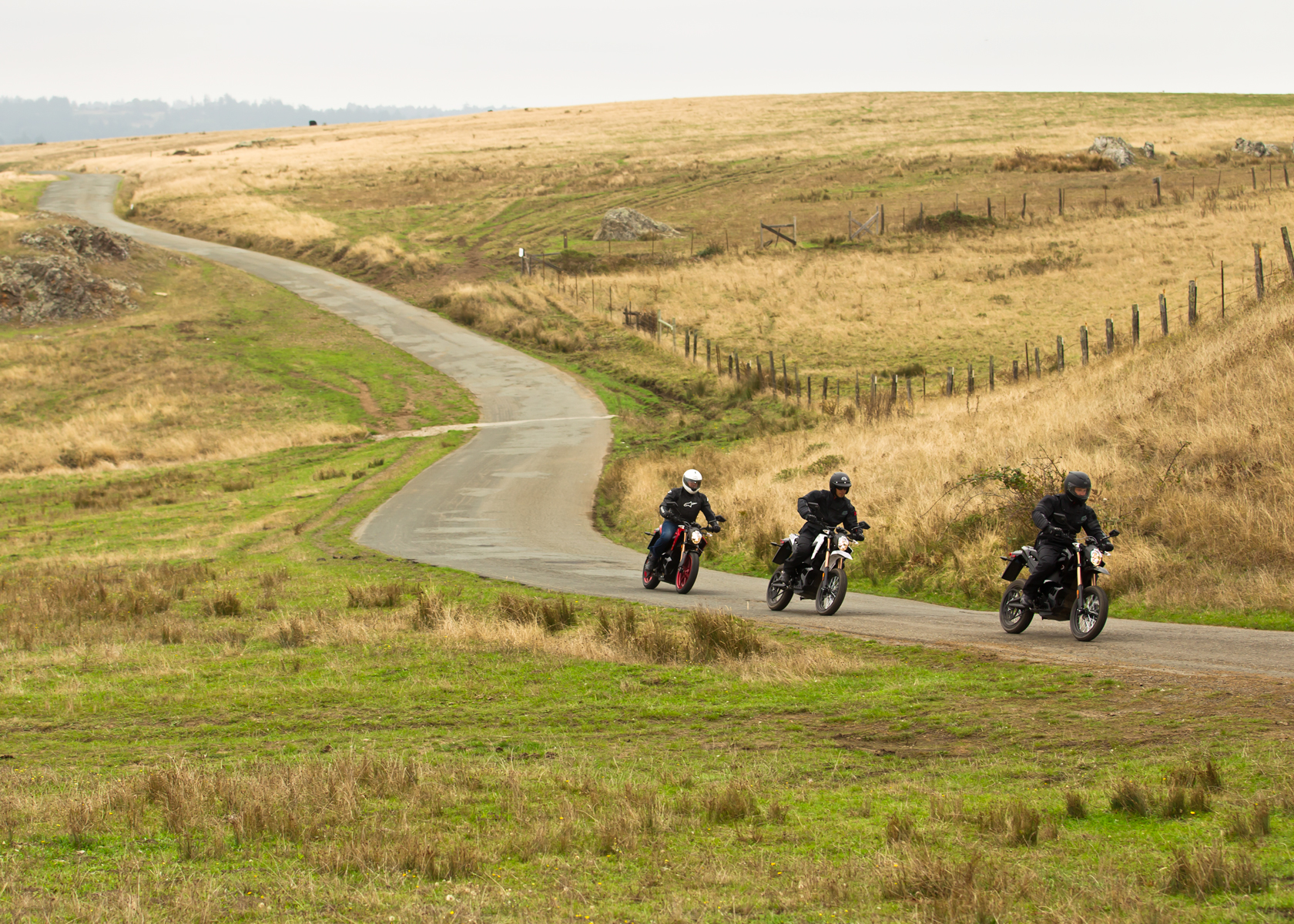 2012 Zero Motorcycles: Cruising in the Country