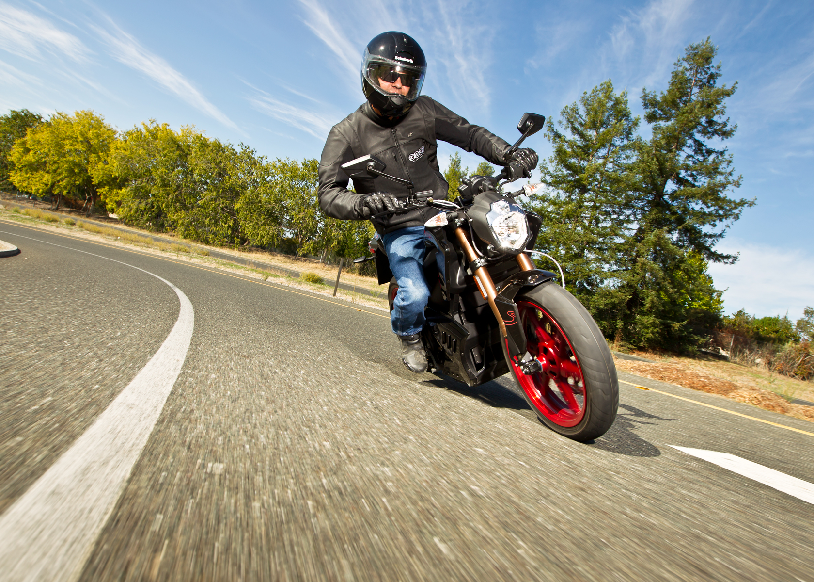 '.2012 Zero S Electric Motorcycle: Cruising, Lean Right.'