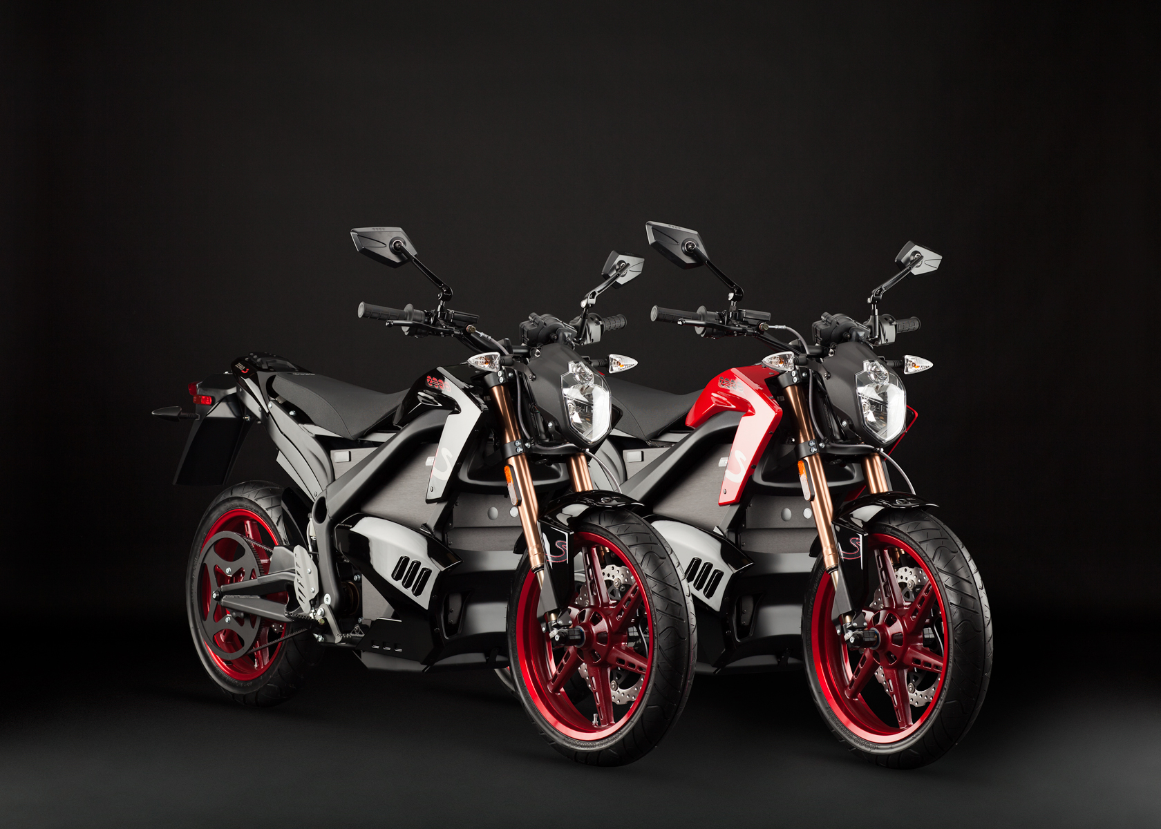 '.2012 Zero S Electric Motorcycle: Pair, Black and Red.'