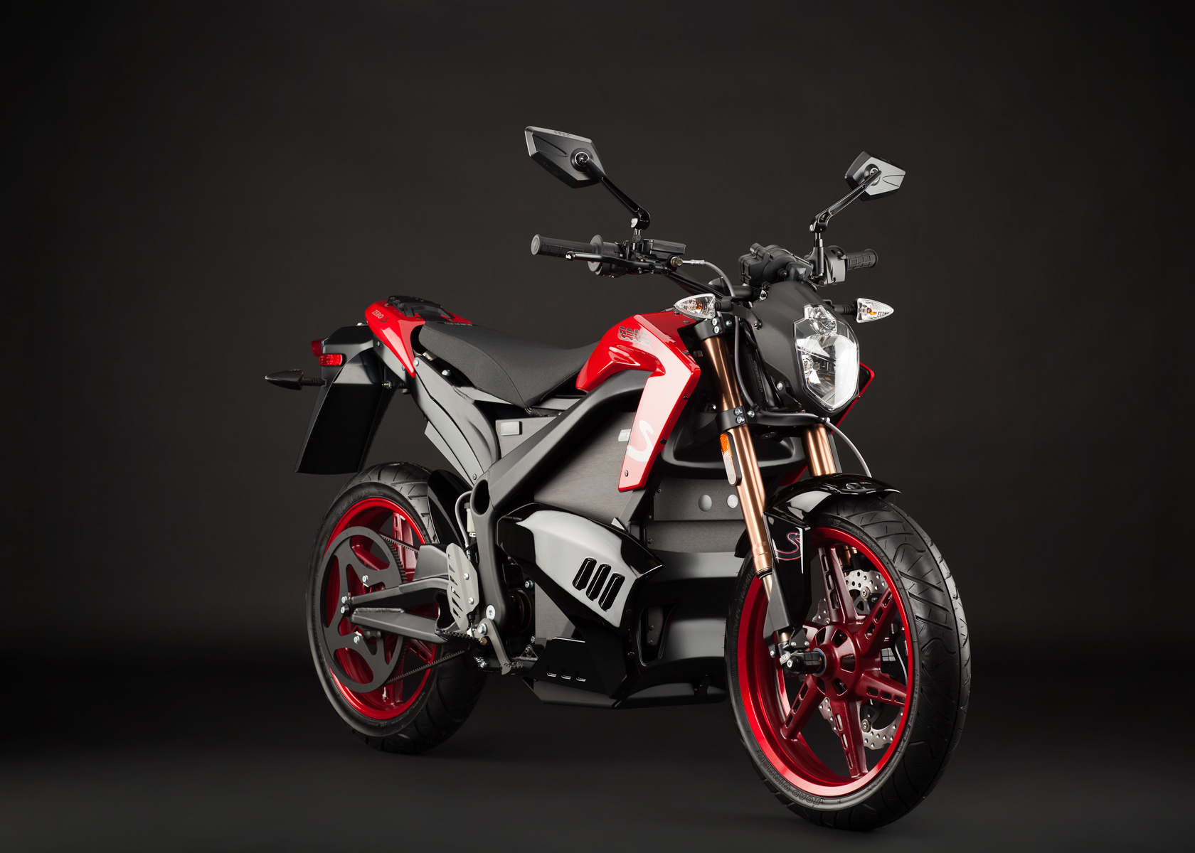 2012 Zero S Electric Motorcycle: Red Angle Right
