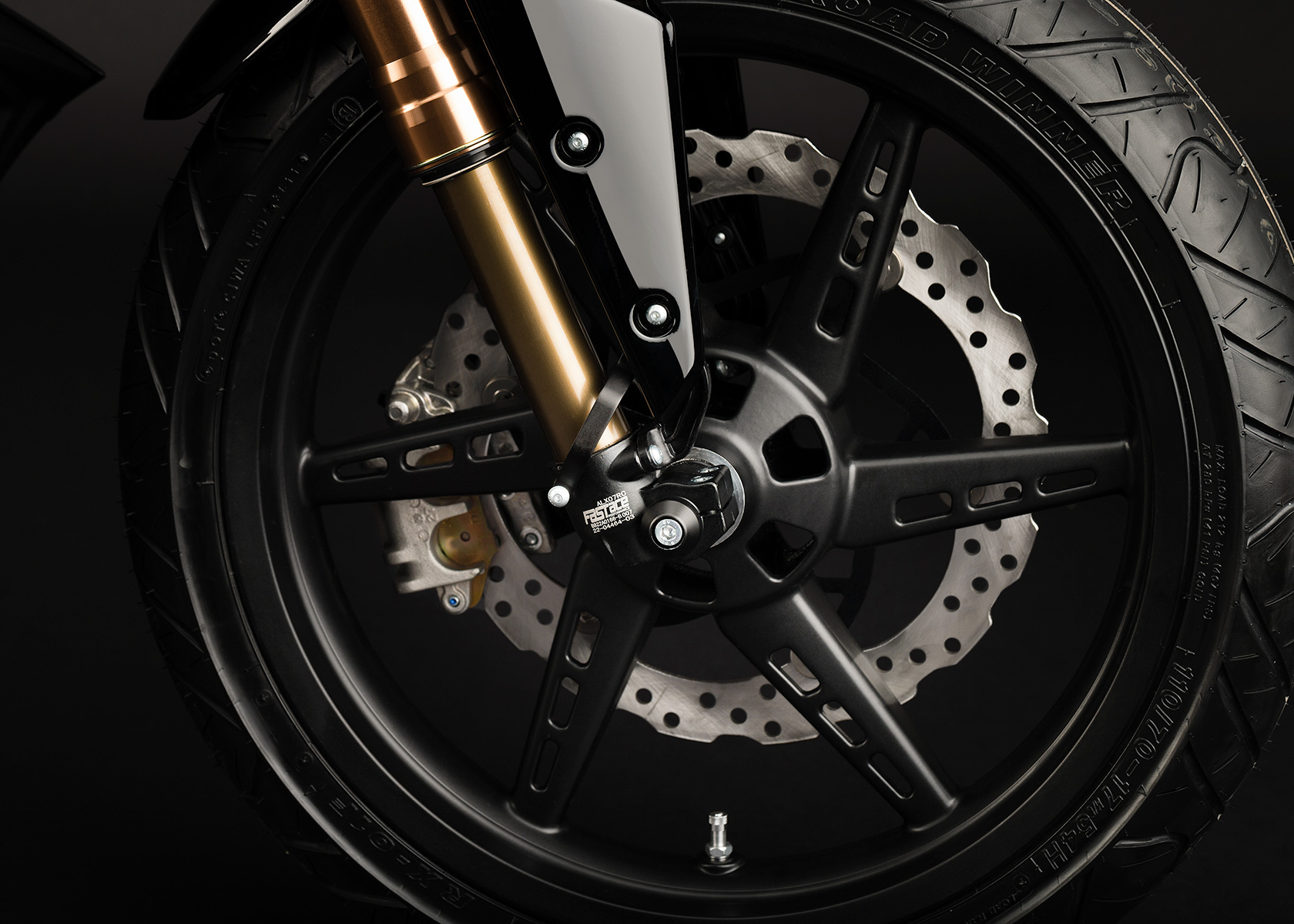 '.2013 Zero S Electric Motorcycle: Wheel.'