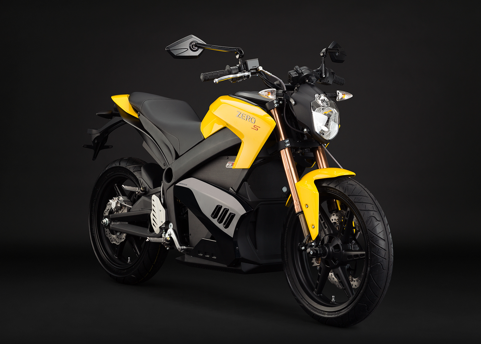 '.2013 Zero S Electric Motorcycle: Yellow Angle right.'