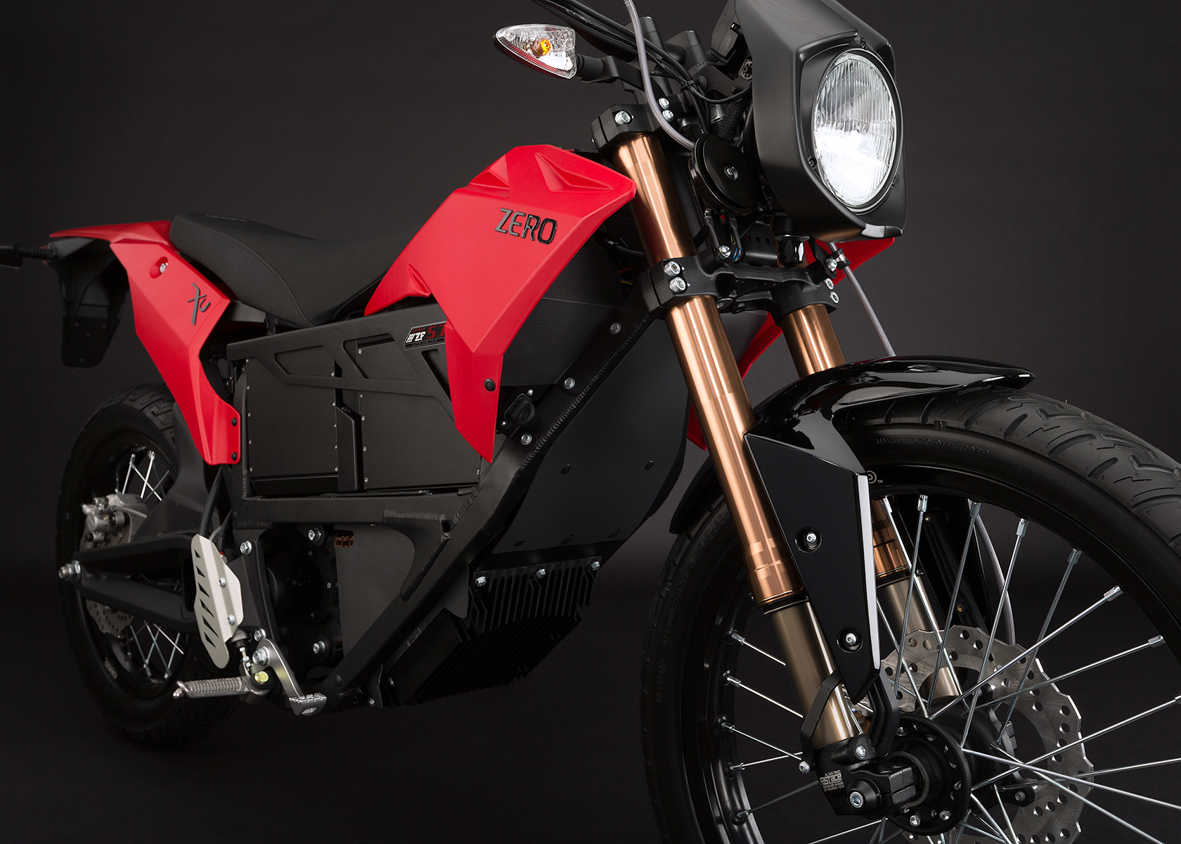 '.2013 Zero XU Electric Motorcycle: Front Fork.'