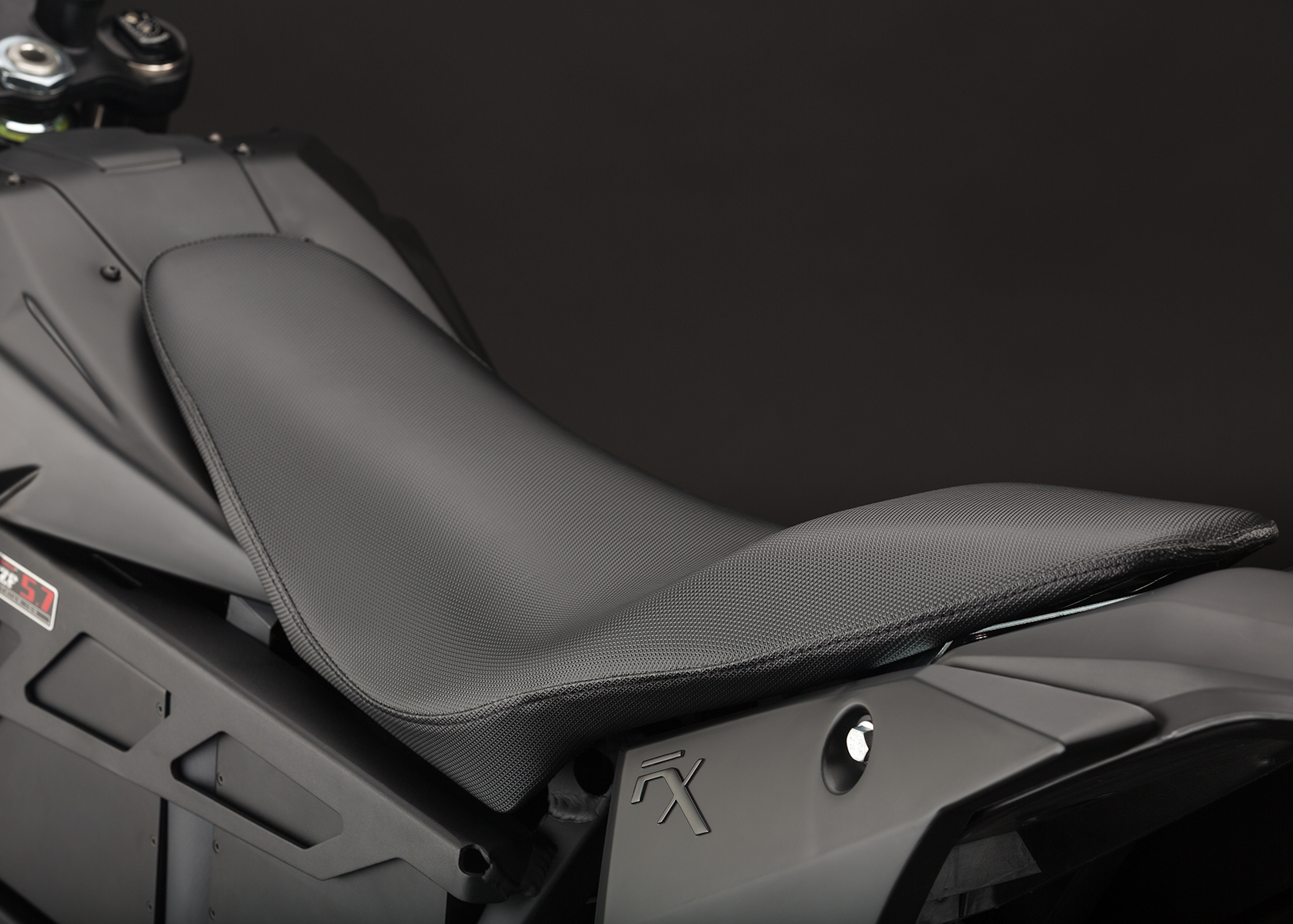 '.2014 Zero FX Electric Motorcycle: Seat.'