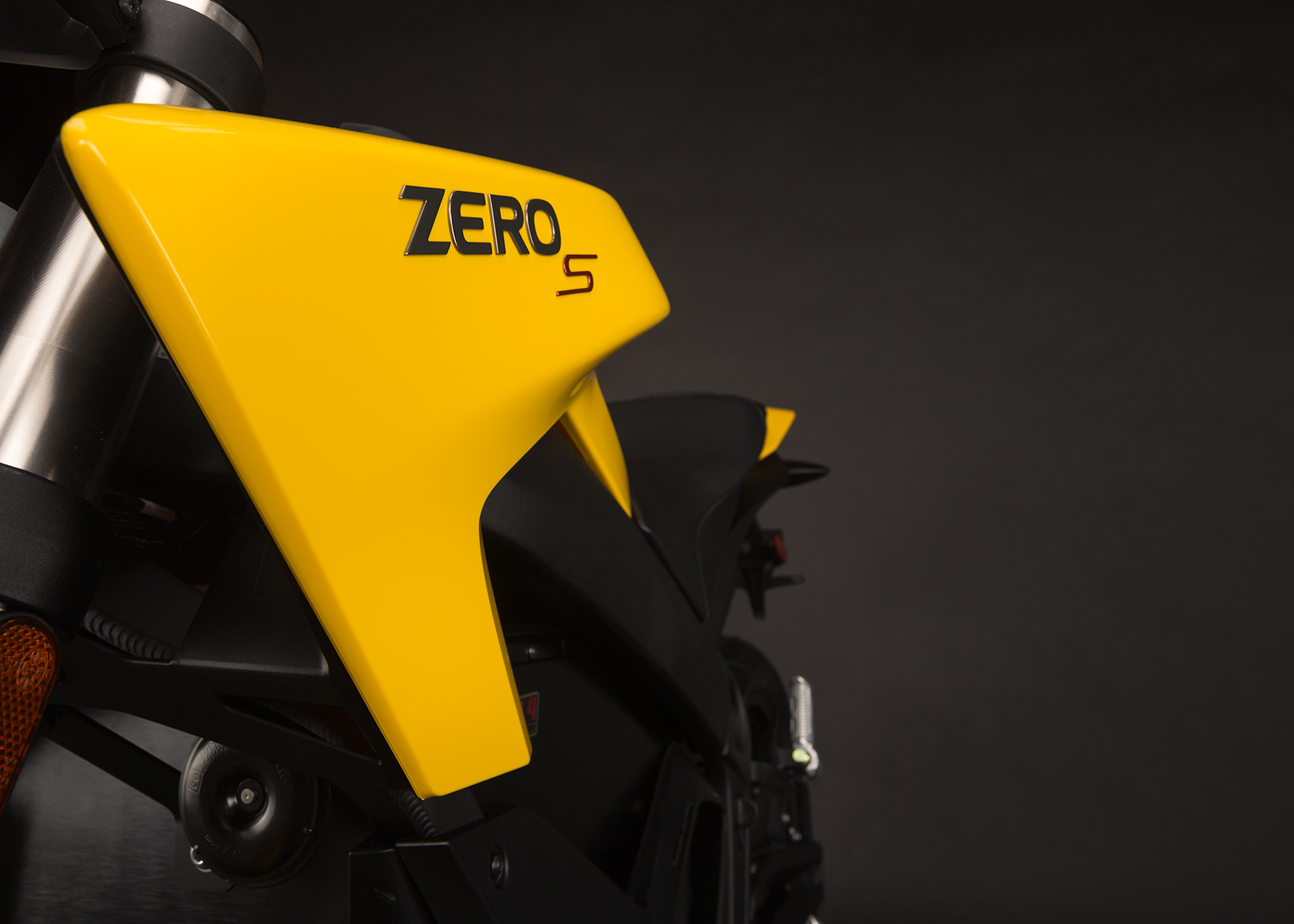 '.2014 Zero S Electric Motorcycle: Emblem.'