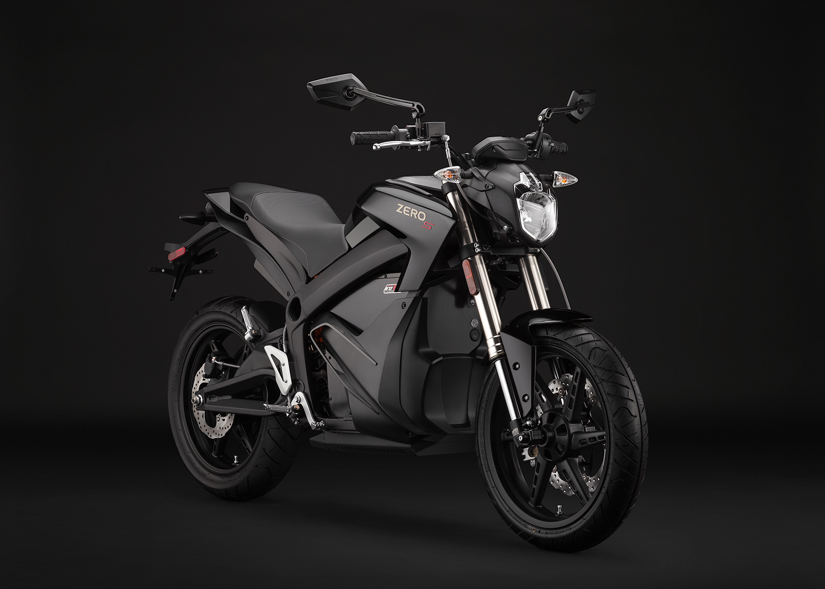 '.2014 Zero S Electric Motorcycle: Black Angle Right.'