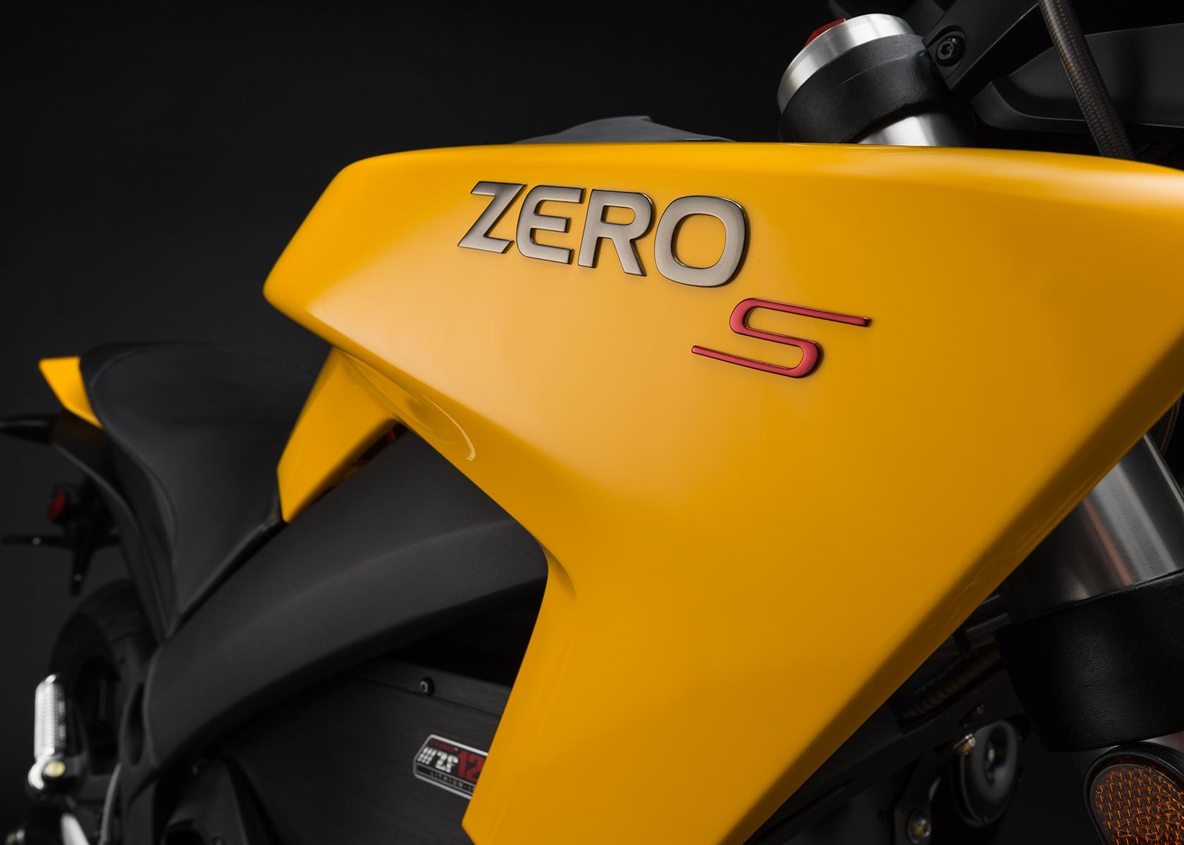 2015 Zero S Electric Motorcycle: Tank
