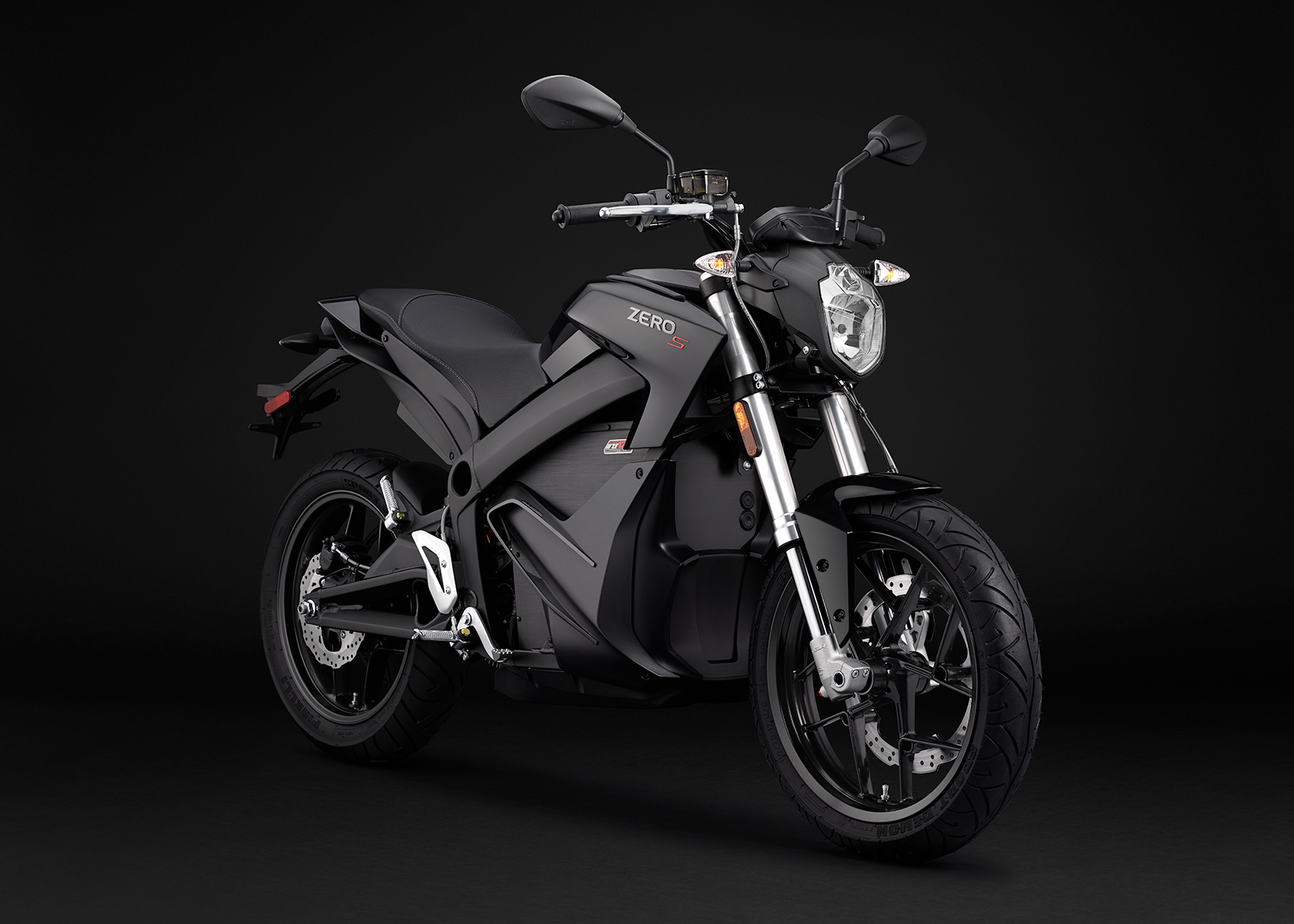 2015 Zero S Electric Motorcycle: Black Angle Right