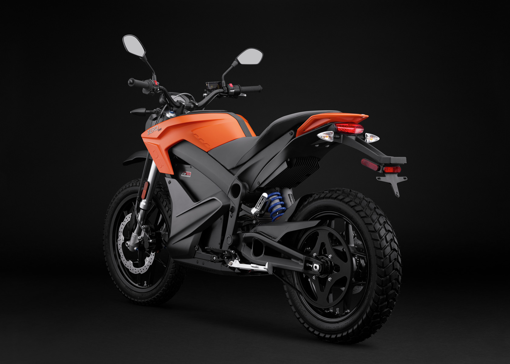 2016 Zero DS Electric Motorcycle: Angle Left