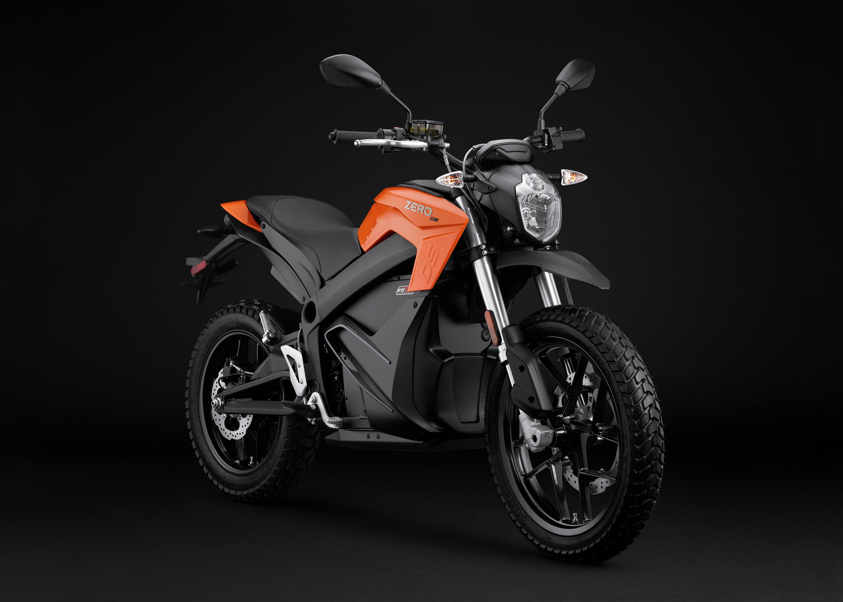 2016 Zero DS Electric Motorcycle: Angle Right