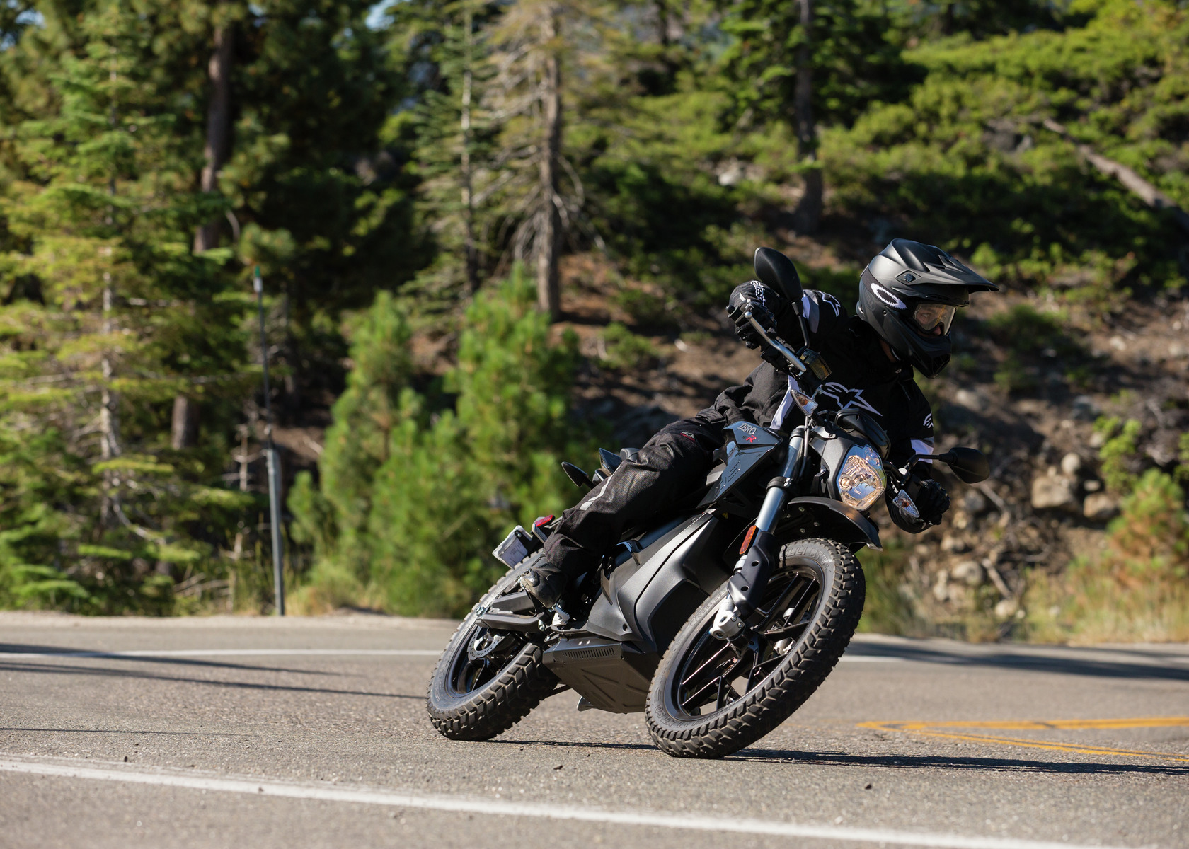 2016 Zero DSR Electric Motorcycle: