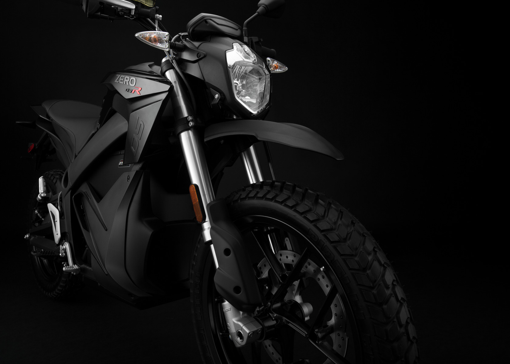 2016 Zero DSR Electric Motorcycle: Front Fork