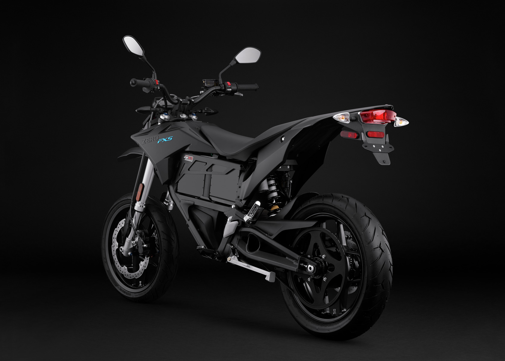 2016 Zero FXS Electric Motorcycle: Angle Left