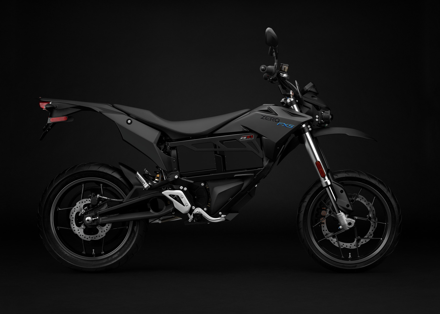 2016 Zero FXS Electric Motorcycle: Profile Right