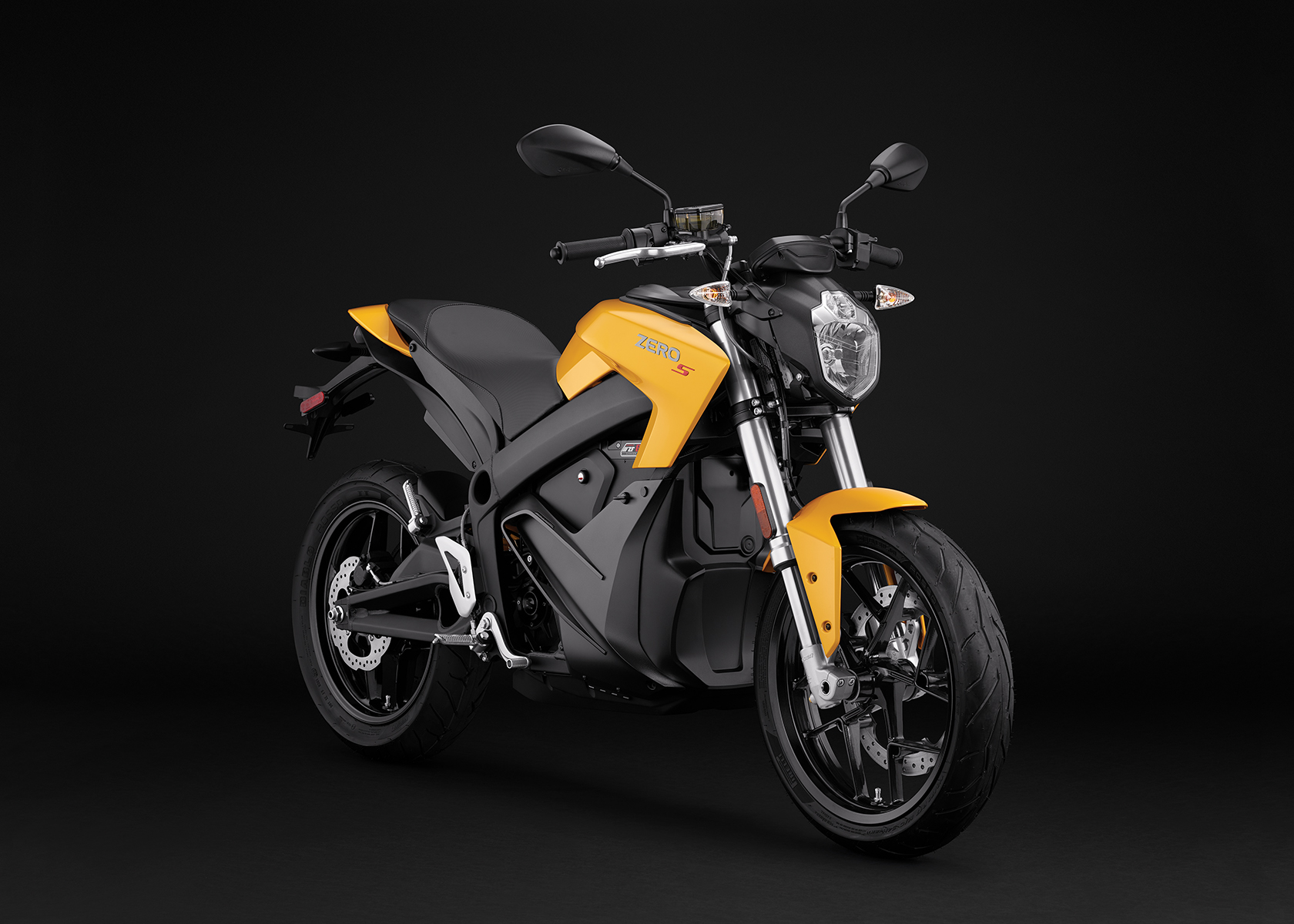 2017 Zero S ZF6.5 Electric Motorcycle: Angle Right