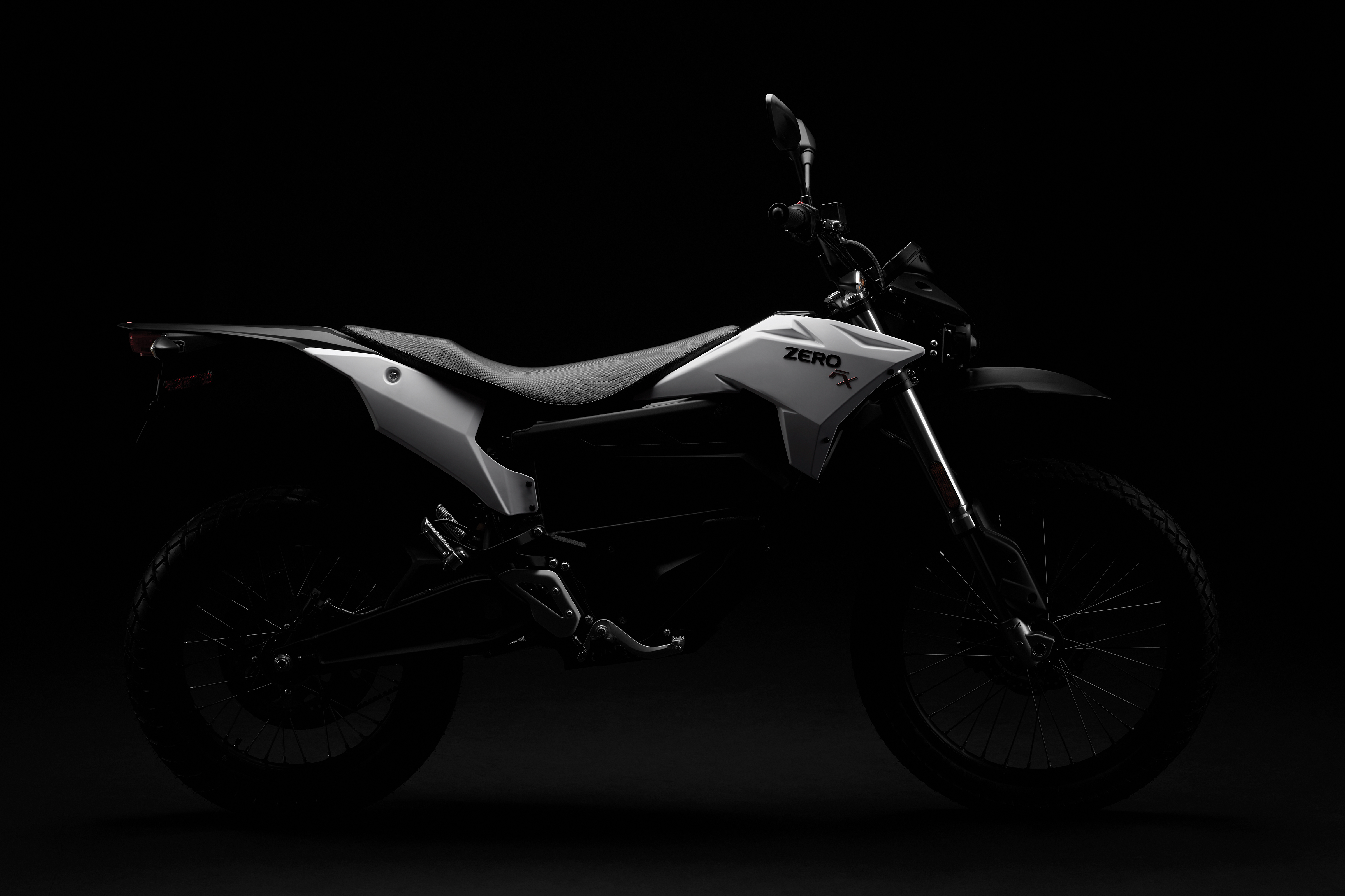 2018 Zero FX Electric Motorcycle: Silhouette